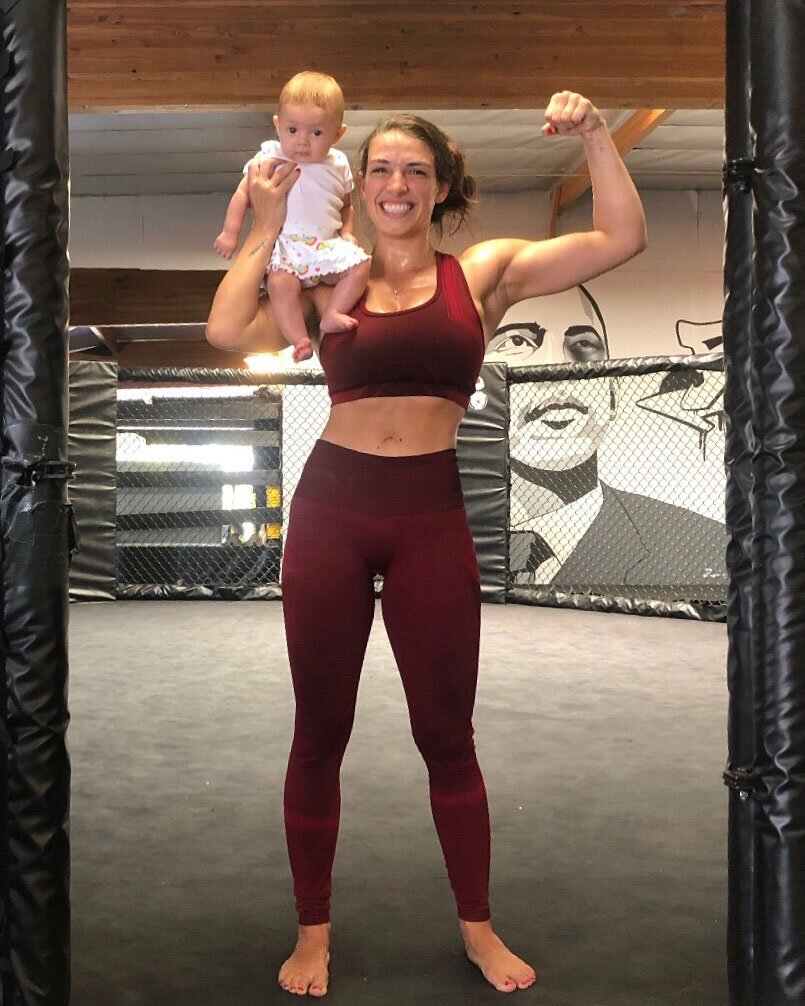 Mackenzie Dern Set for First UFC Fight Since Giving Birth 4 Months Ago |  PEOPLE.com