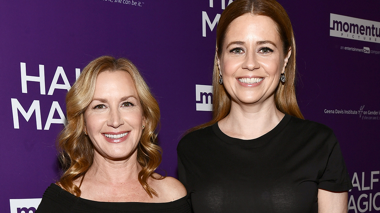 'The Office' Moment Jenna Fischer and Angela Kinsey Can't Wait to Revisit on Their Podcast