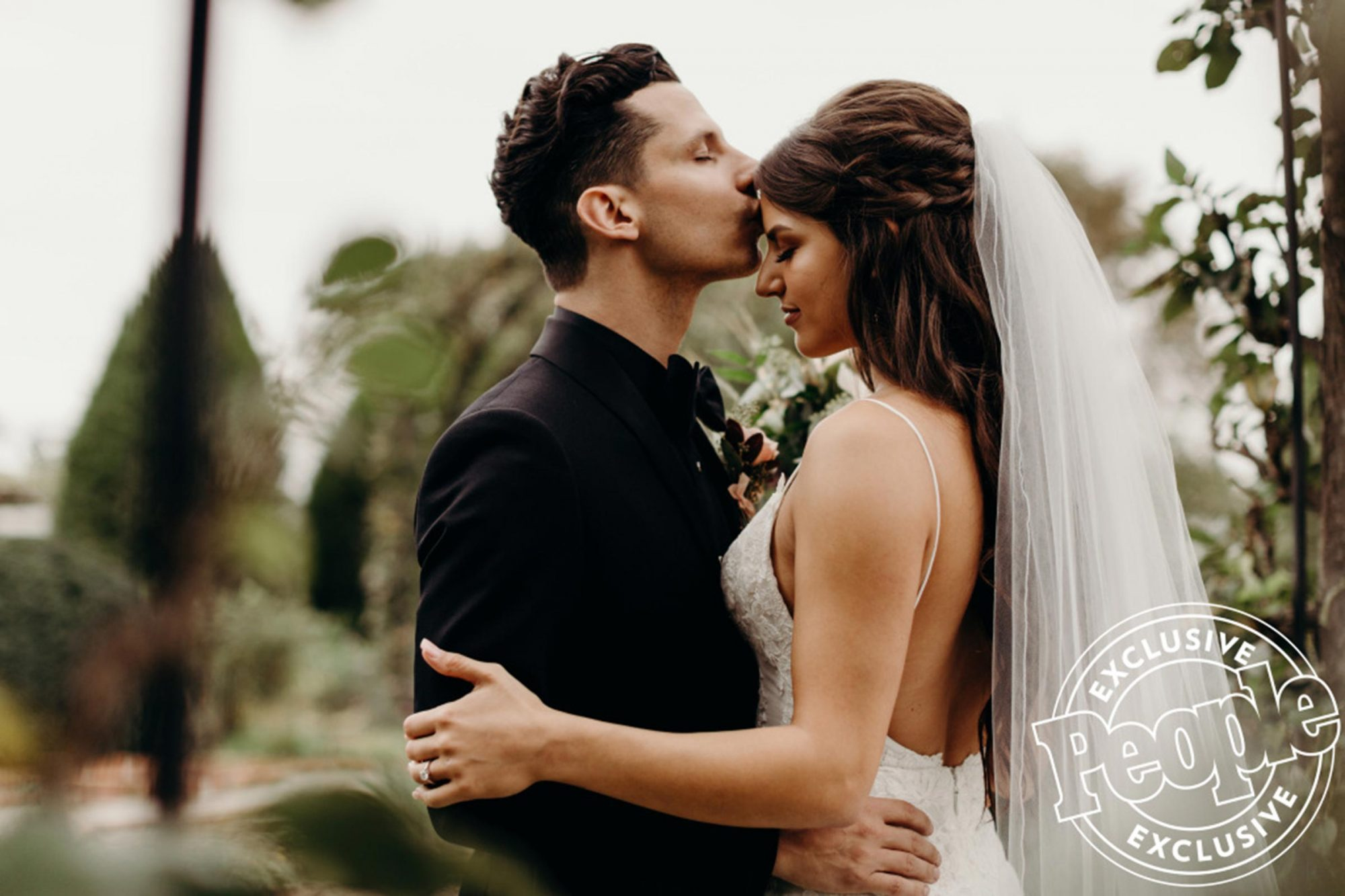 Devin Dawson and Leah Sykes wedding