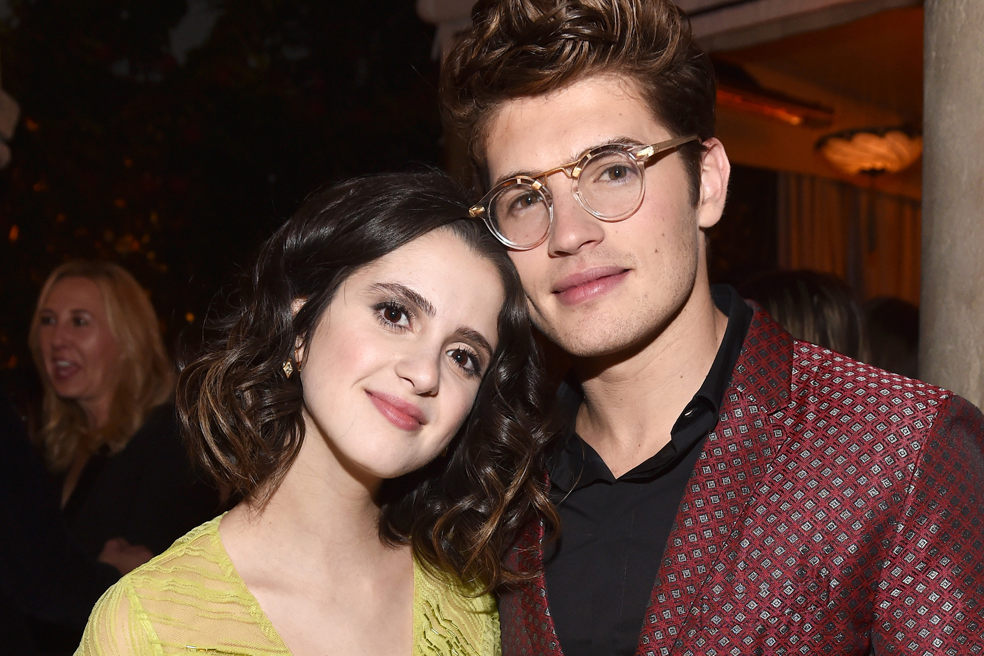 People Now: Laura Marano and Gregg Sulkin Answer Fan Questions Plus Dish on New Holiday Movie -Watch the Full Episode