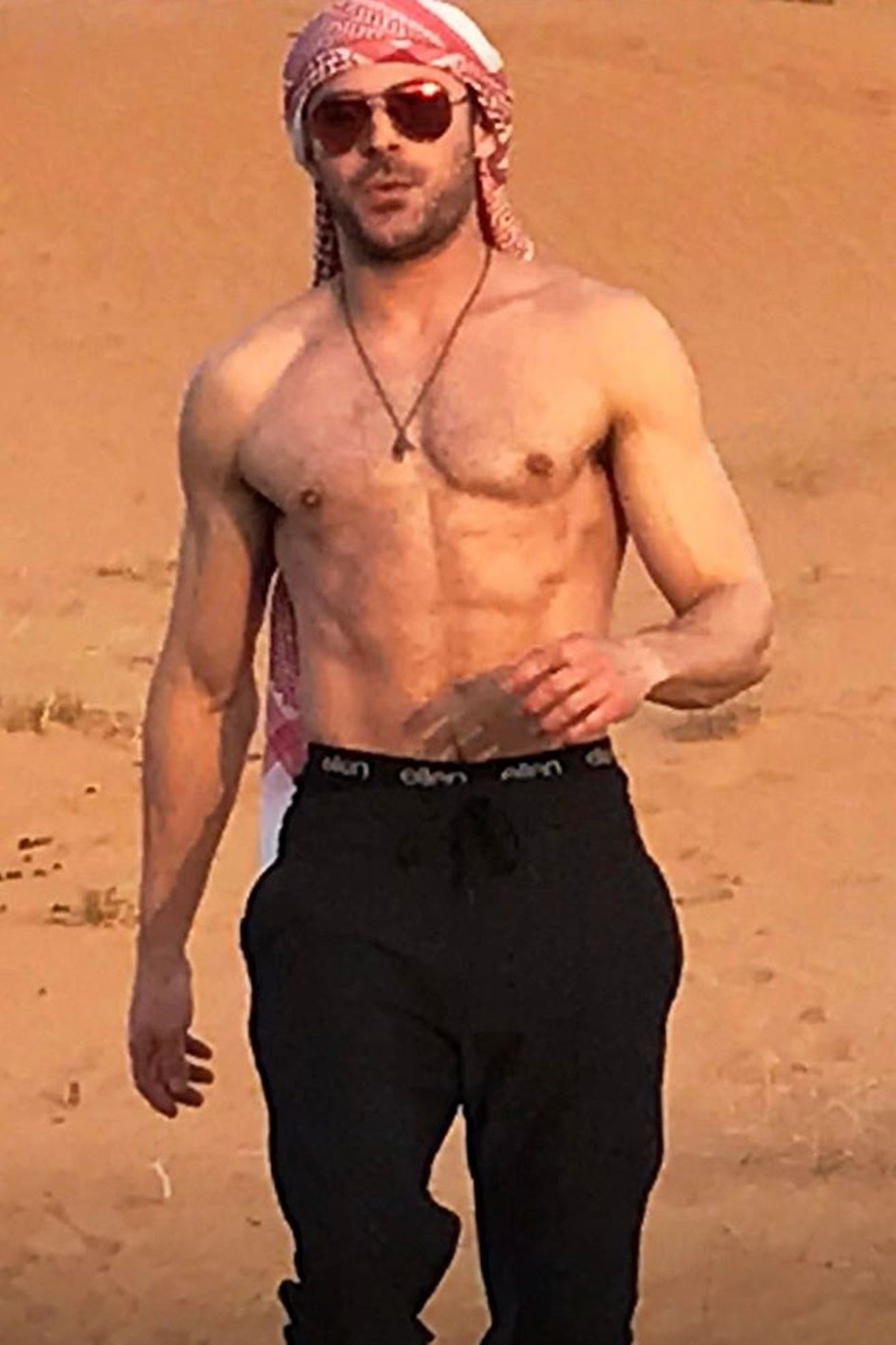 Zac Efron posts pictures of himself in the desert.Source: Zac Efron Instagram