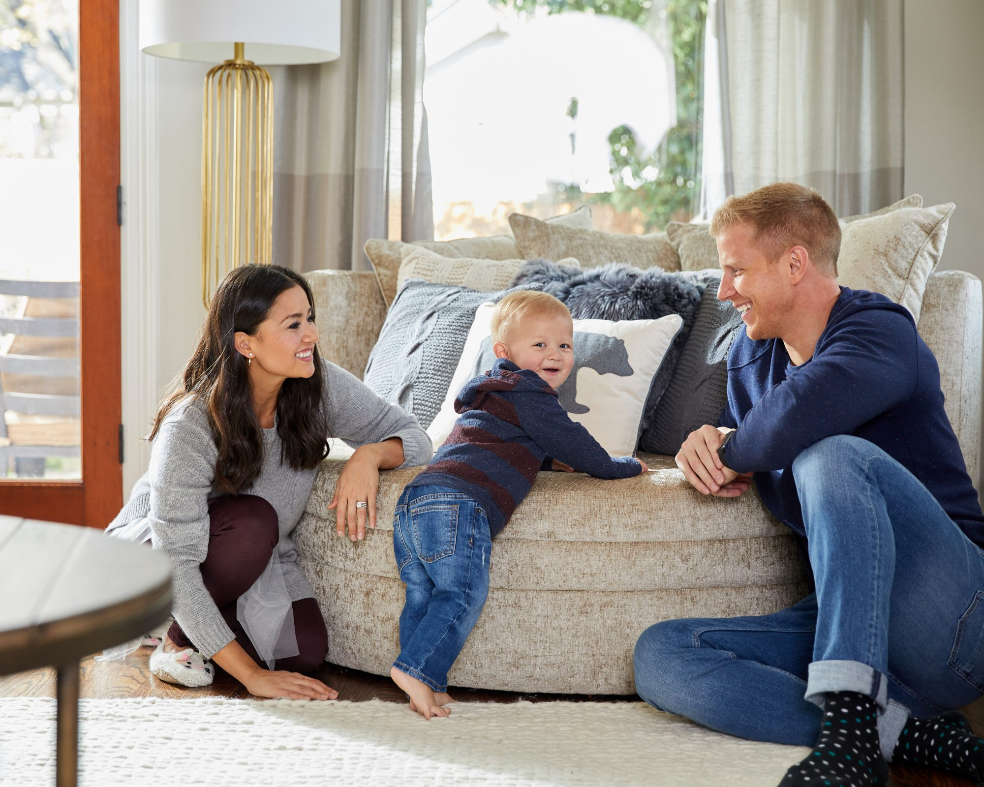 2017-11-02 Wayfair Catherine Sean Lowe m2030