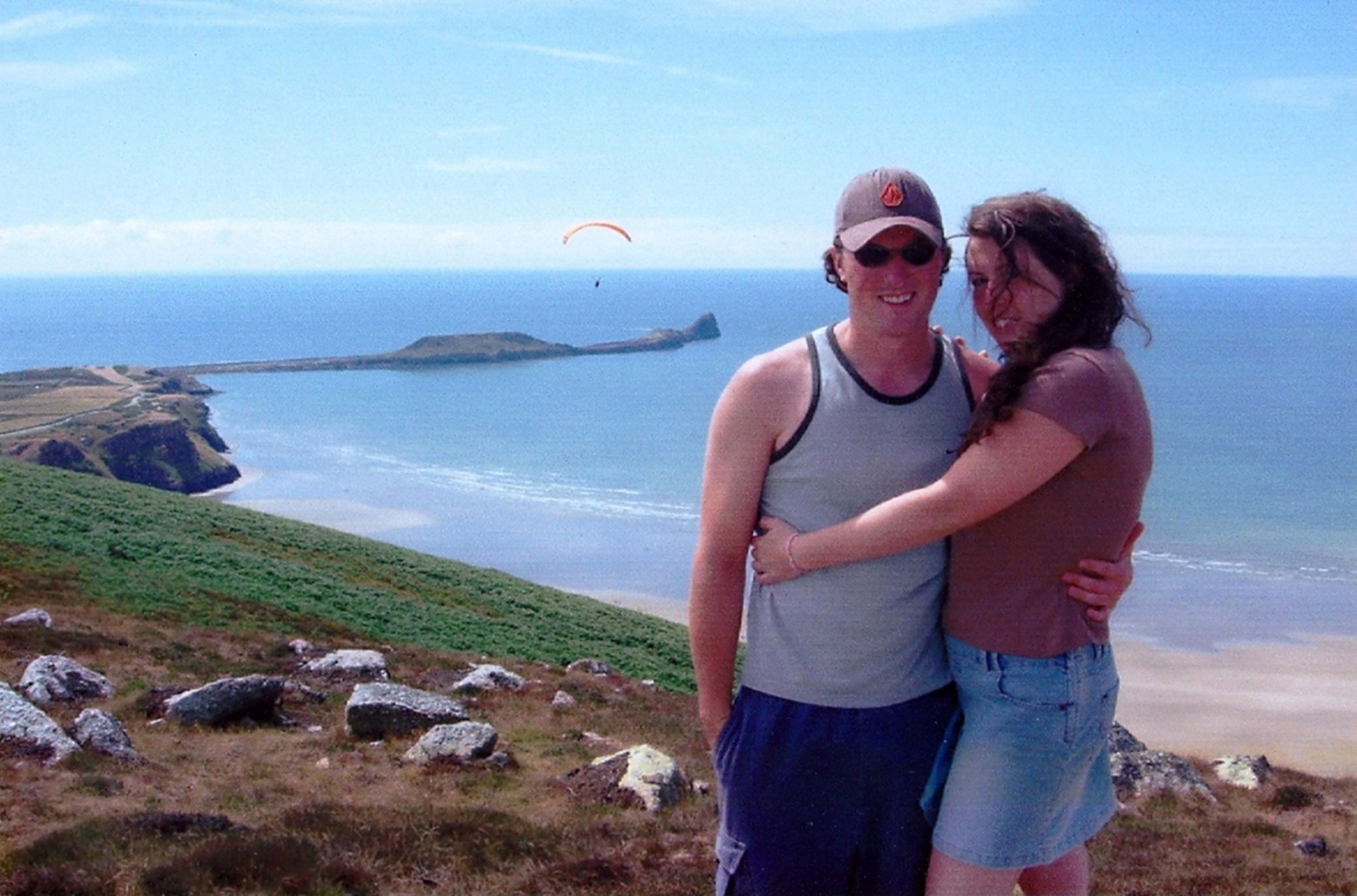 Welsh Couple Fatally Shot on Honeymoon in Antigua