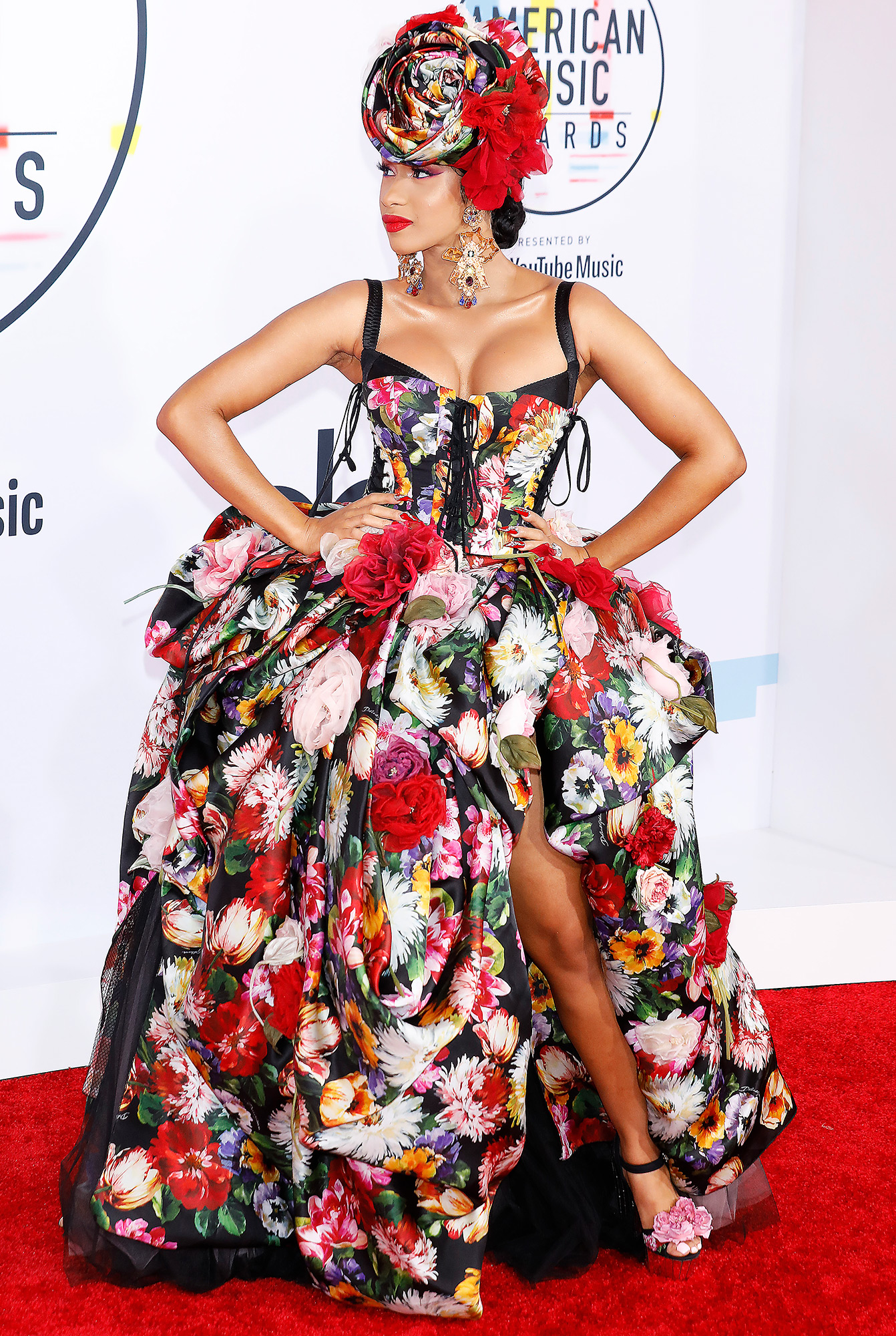 Cardi B photographed on the red carpet of the 2018 American Music Awards