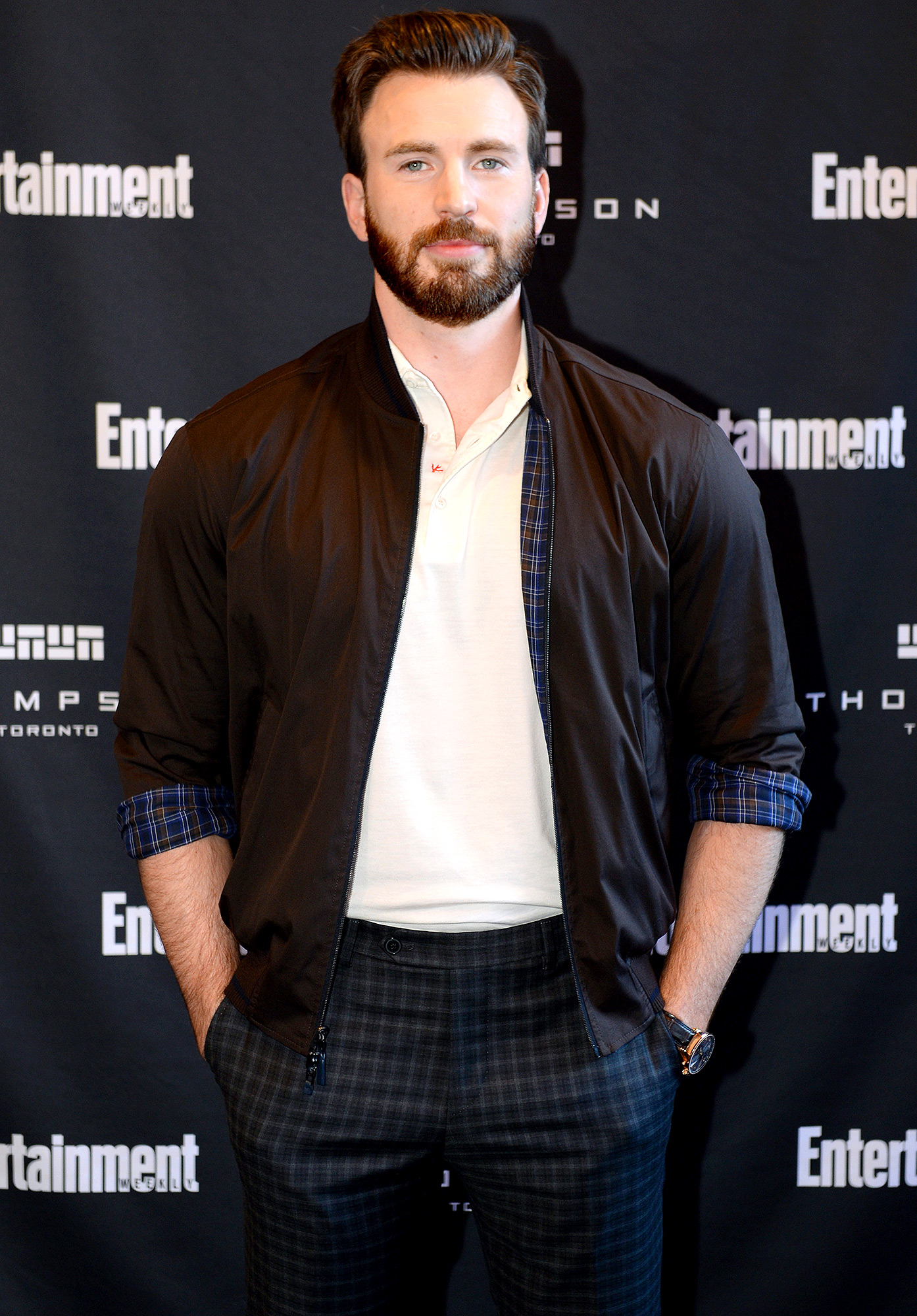 Chris Evans attends Entertainment Weekly's Must List Party at the Toronto International Film Festival
