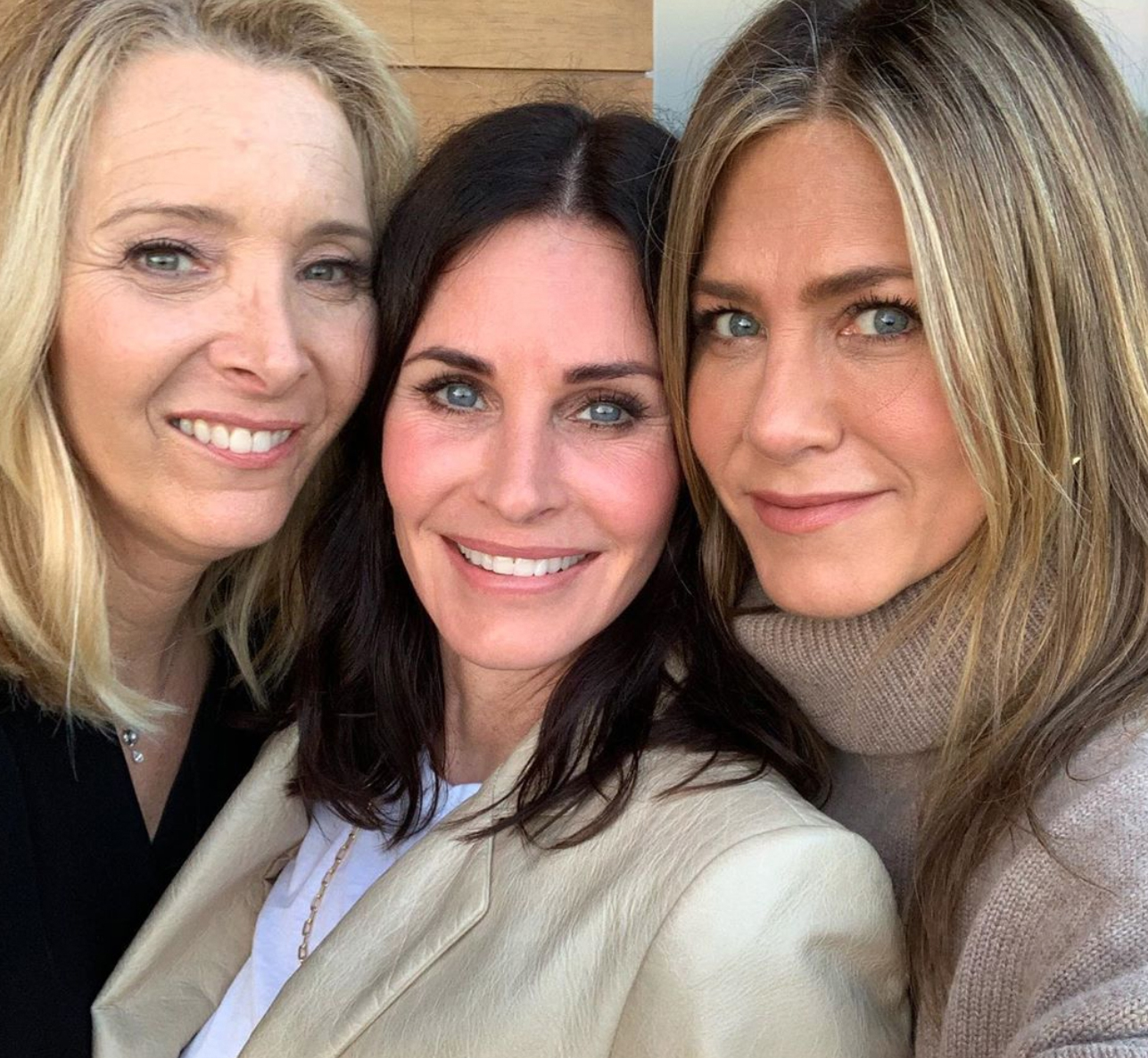 Courteney Cox with Lisa Kudrow and Jennifer Aniston