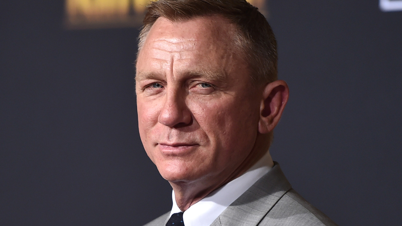 Daniel Craig 'Laughed Out Loud' at 'Knives Out' Script: 'That's the Biggest Thrill for Me'