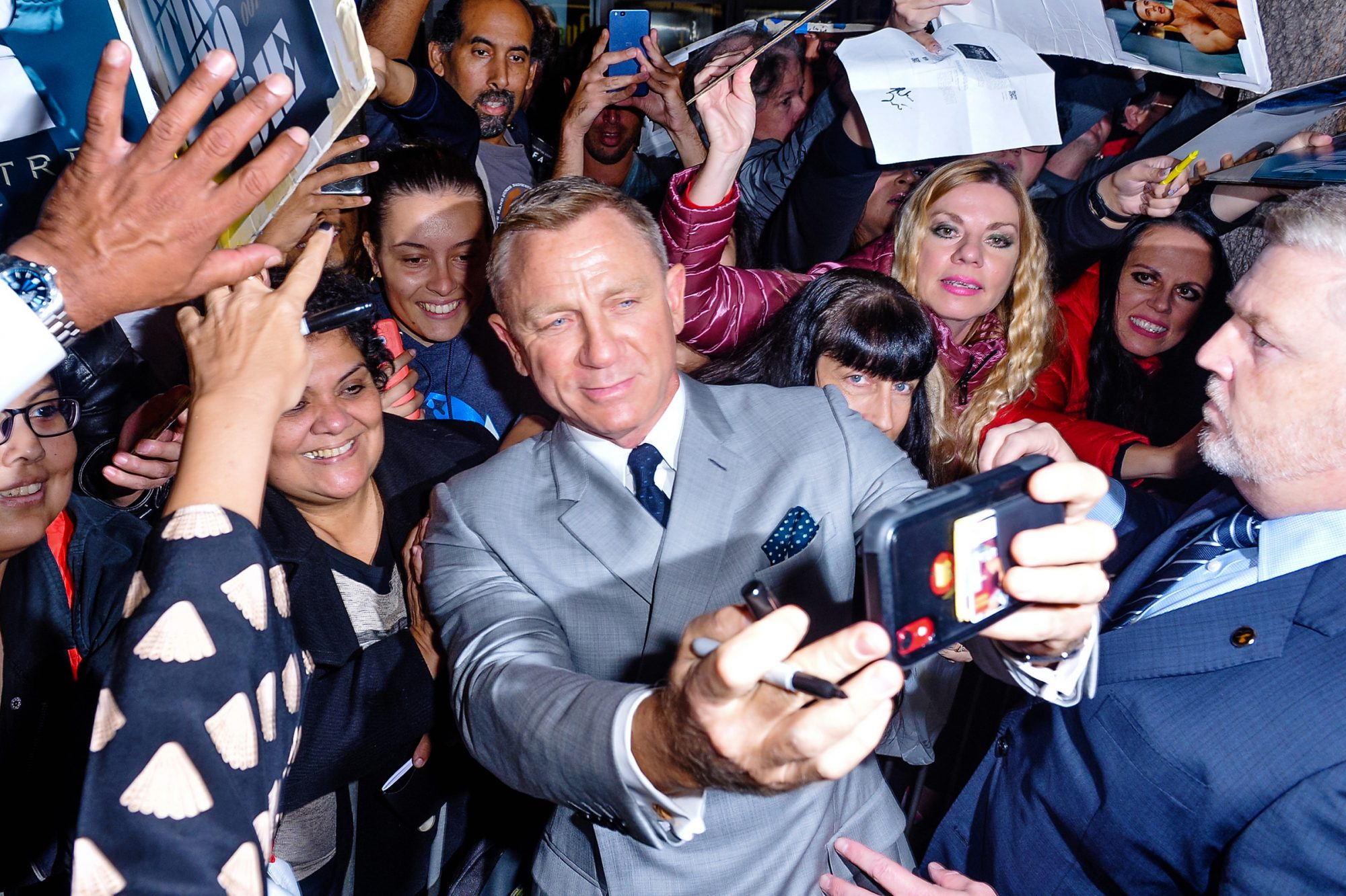 Daniel Craig arrives at the Premiere of Lionsgates' 'Knives Out' at Regency Village Theatre on November 14, 2019 in Westwood