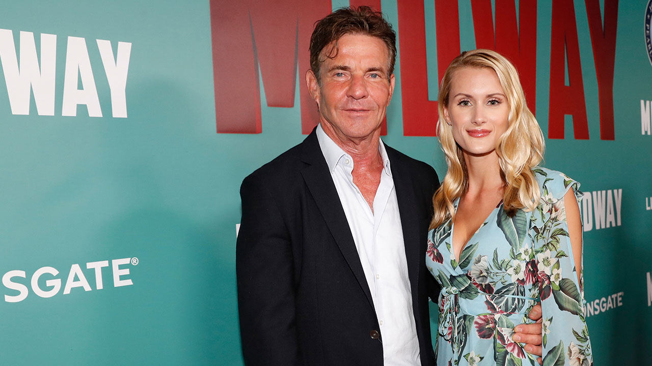 Dennis Quaid Wants to Send Elaine Hendrix a Pic of Him & Fiancée In Front of 'Parent Trap' House
