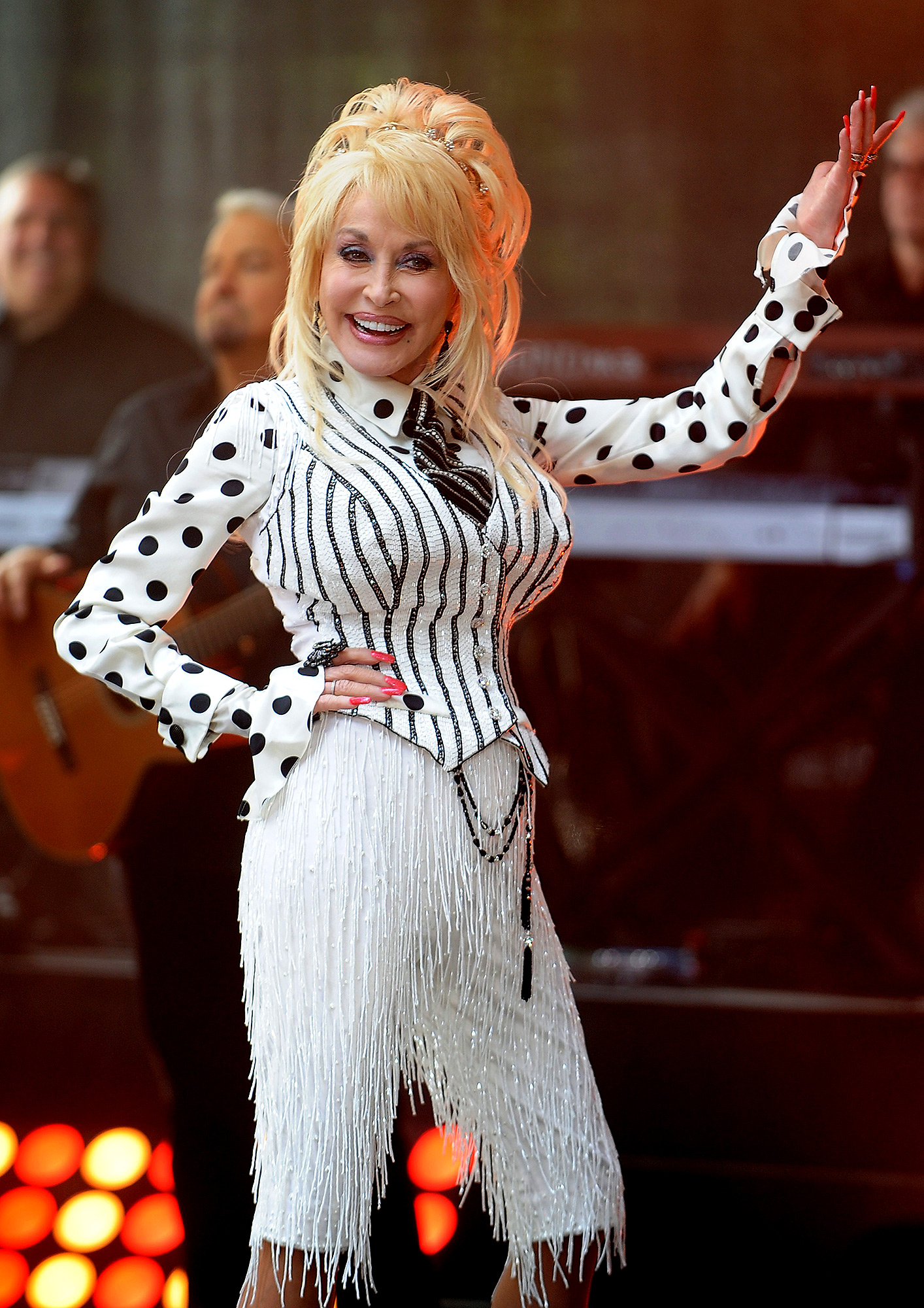 Dolly Parton performs on the Today Show