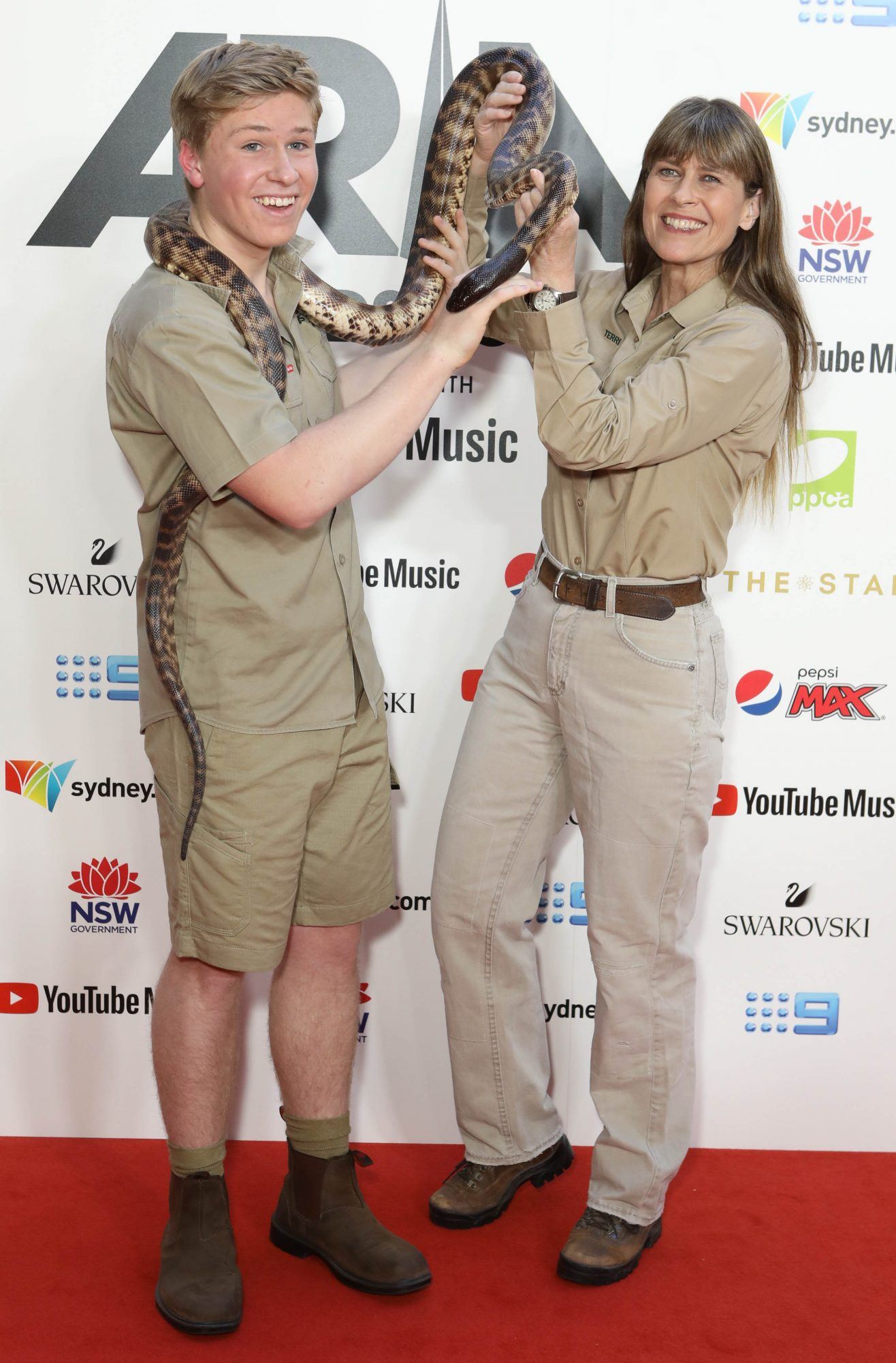 *NO MAIL ONLINE* Stars Walk The Red Carpet At The 2019 Aria Awards In Sydney, Australia