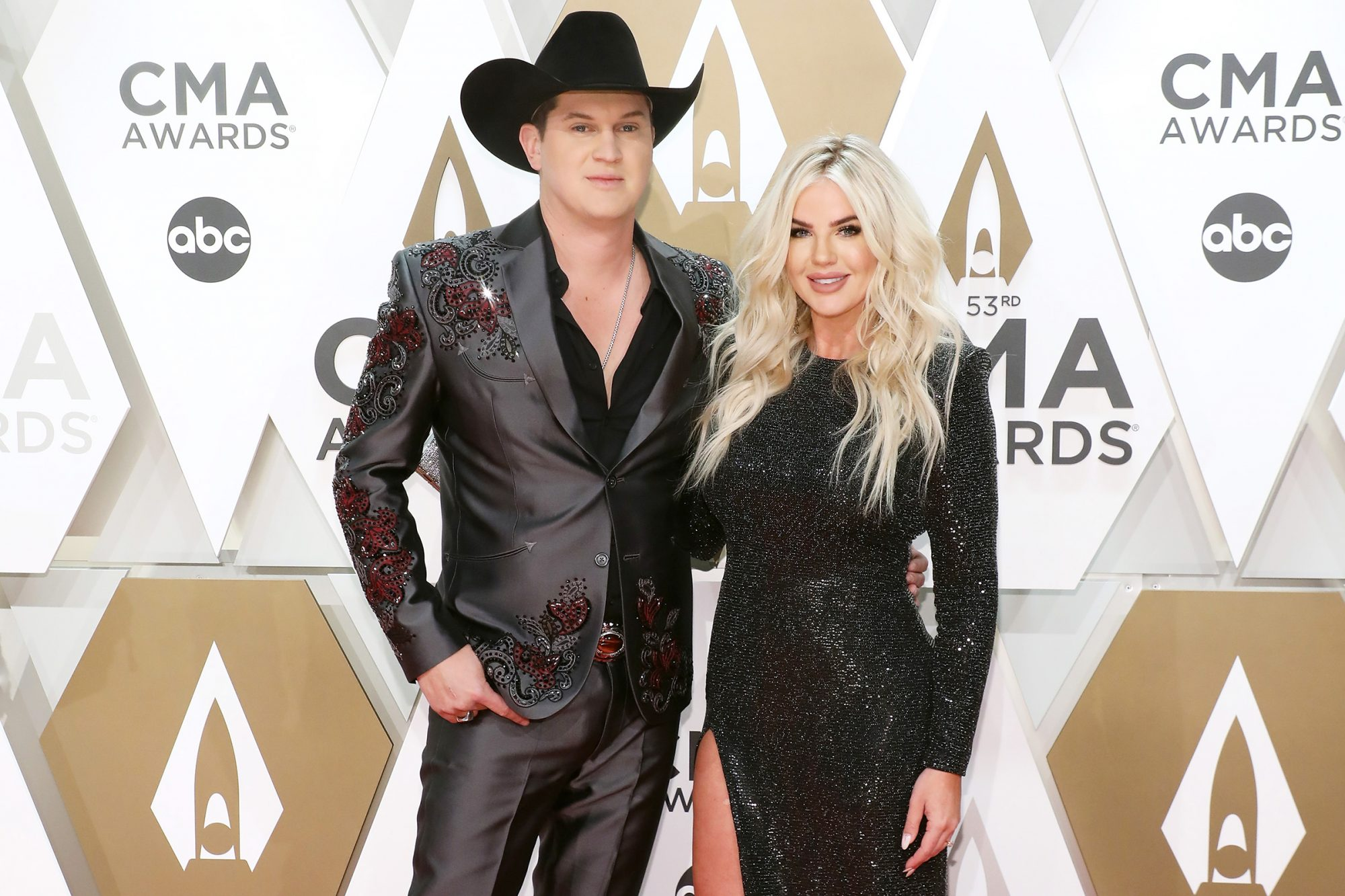 Jon Pardi and Summer Duncan attend the 53nd annual CMA Awards at Bridgestone Arena on November 13, 2019 in Nashville, Tennessee