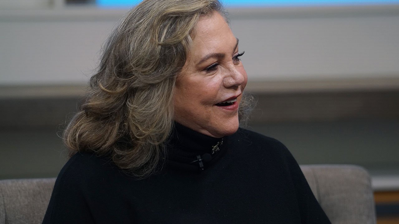 Kathleen Turner Reveals the Co-Creator for 'Friends' Still Calls Her 'Dad'