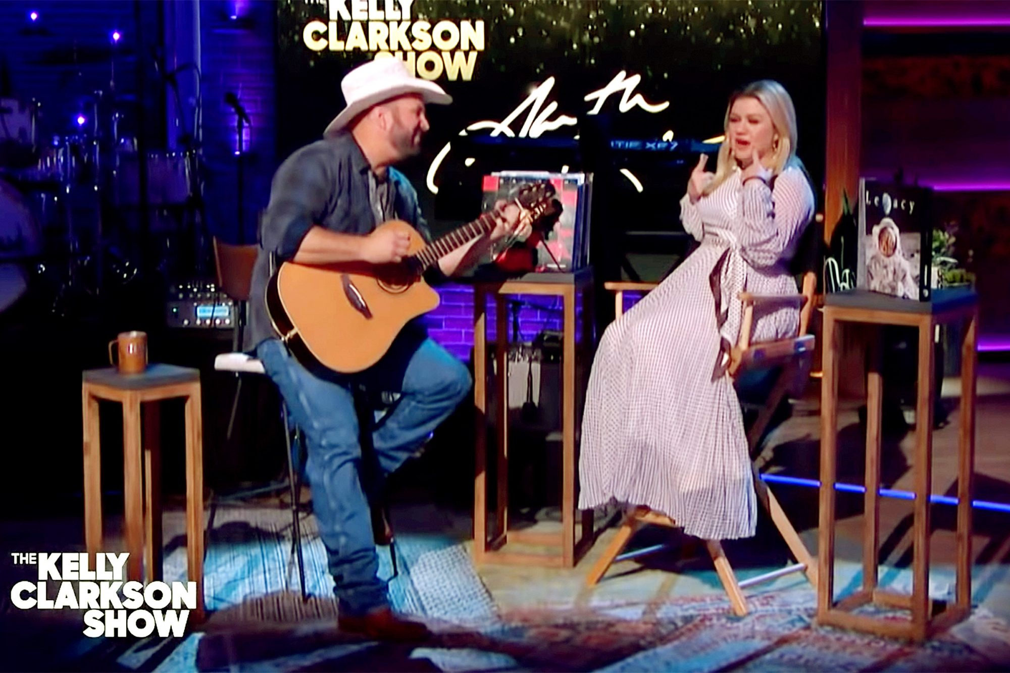 Garth Brooks, Kelly Clarkson