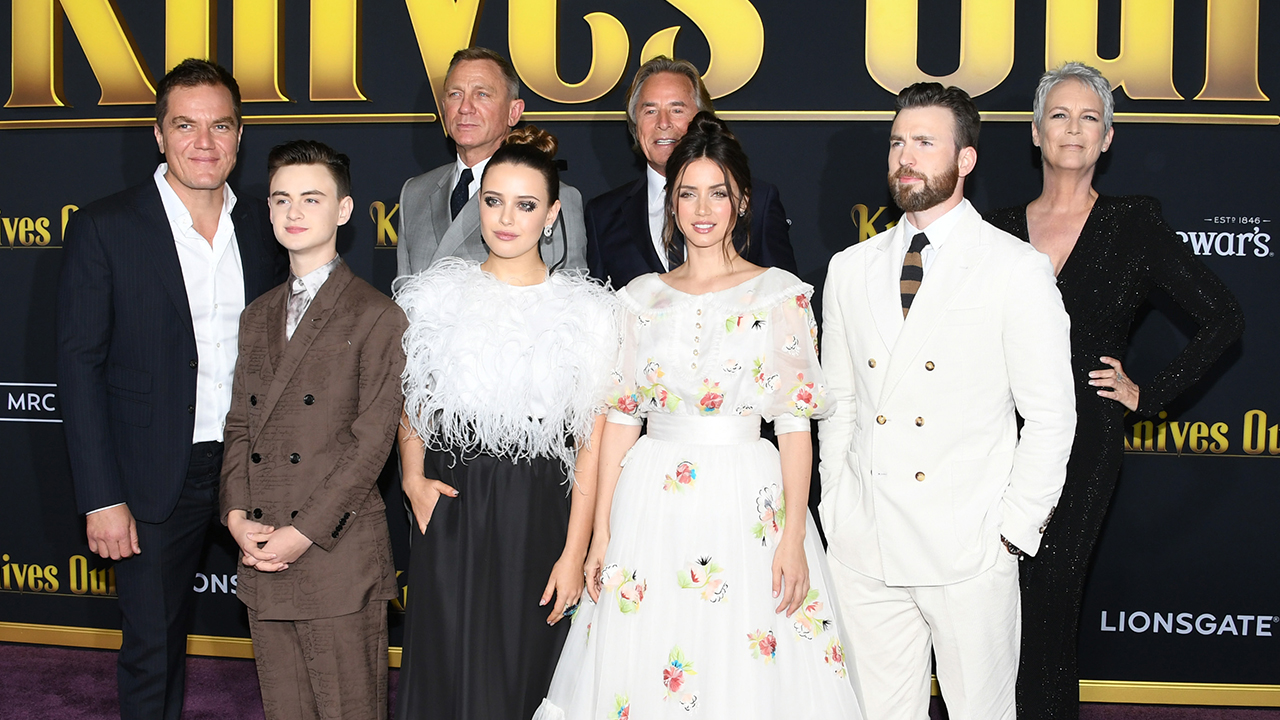 The 'Knives Out' Cast Agree That Jamie Lee Curtis 'Basically Took Over' the House