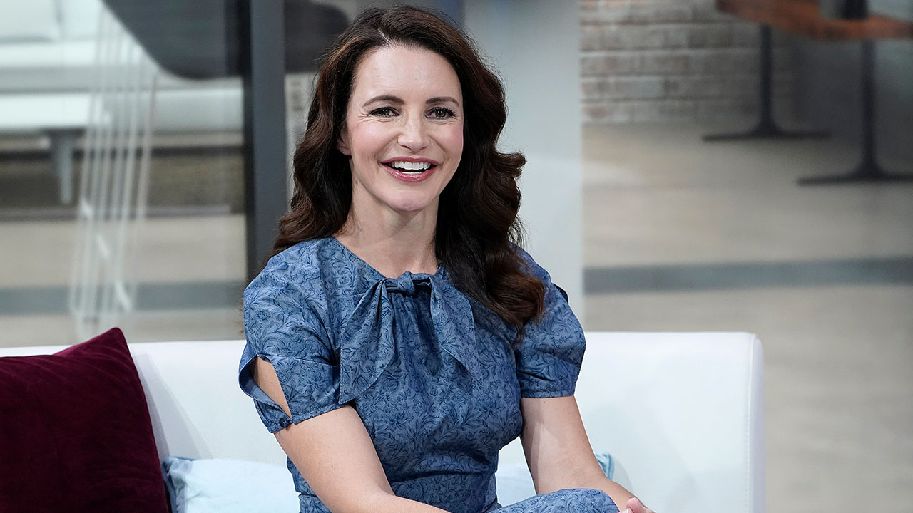 Kristin Davis is 'Not As Intimidated' by Rob Lowe 20 Years After Atomic Train