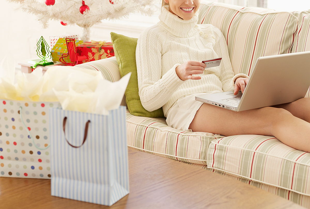 online shopping; holiday shoppin