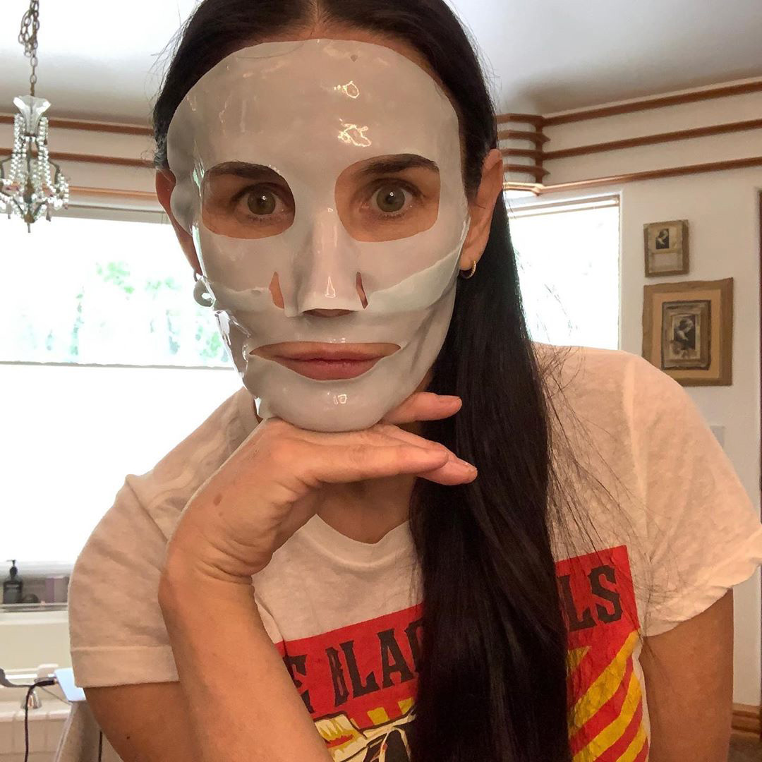"""The actress encouraged her followers to """"stay safe"""" and wear protective face masks amid the coronavirus pandemic while giving her skin a boost of hydration in that other type of face mask."""