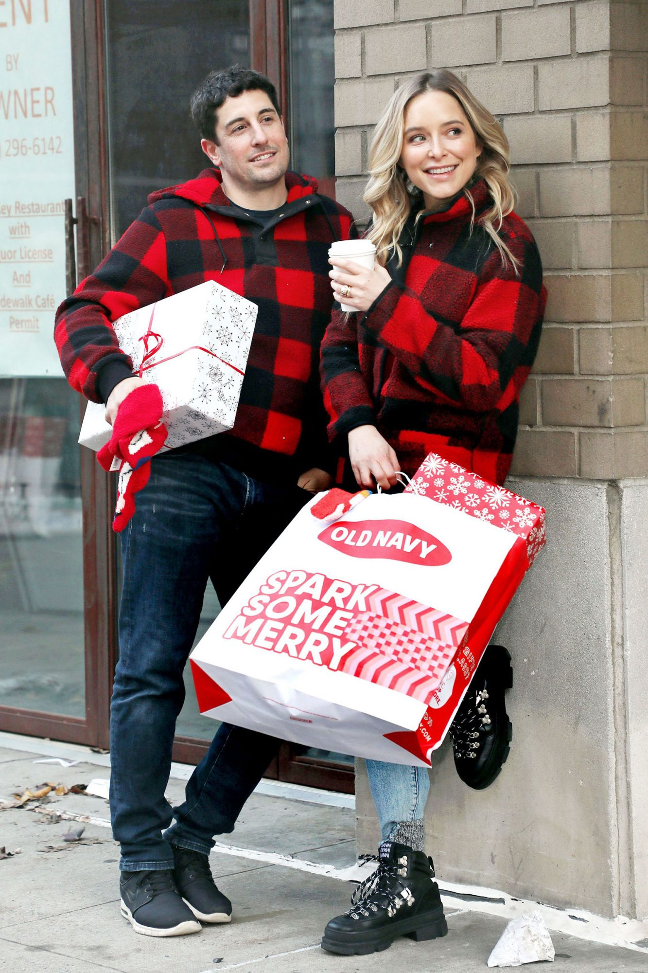 Jason Biggs and Jenny Mollen out and about, New York, USA - 08 Dec 2019