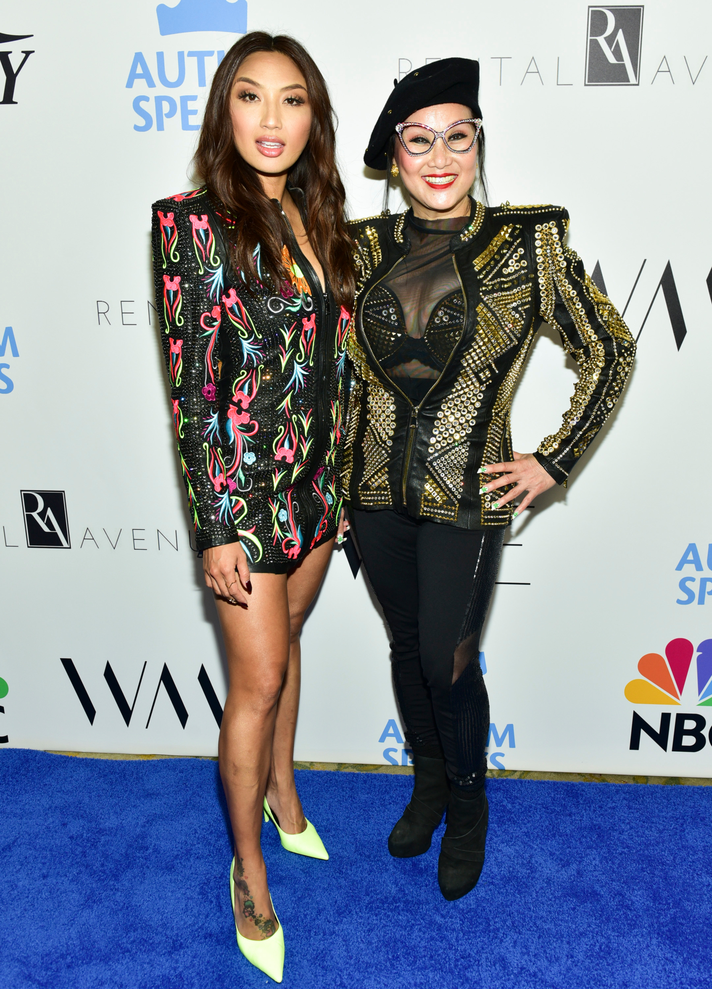 Jeannie Mai and mother Olivia tutram