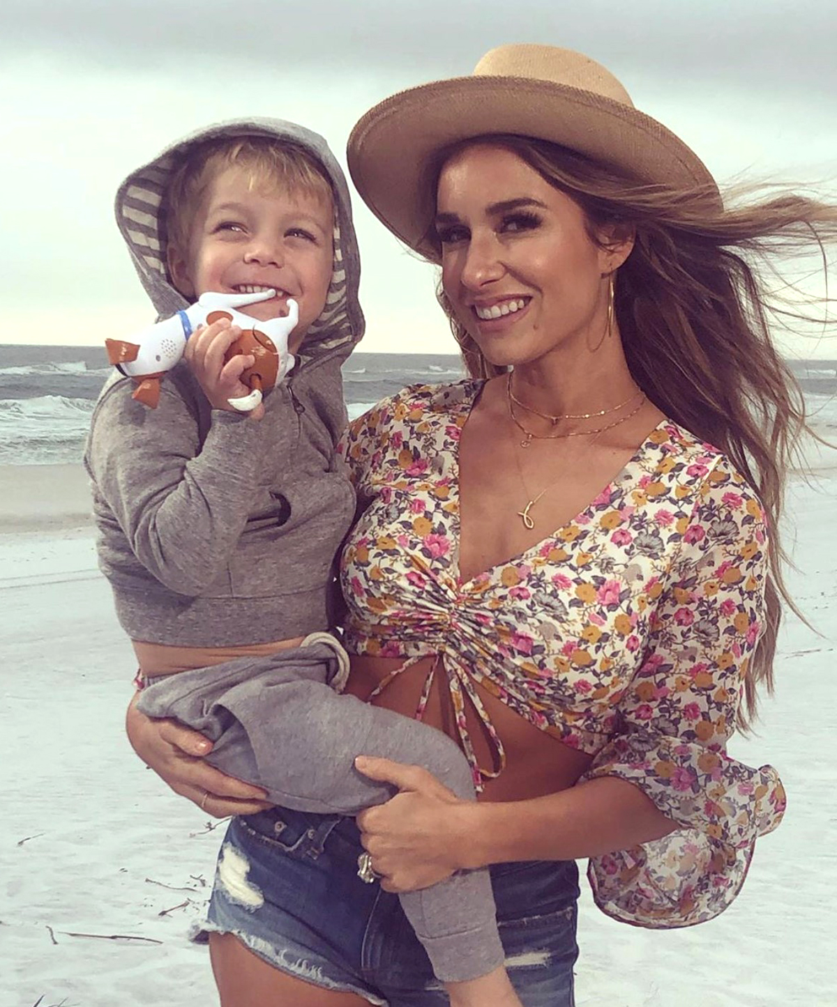Jessie James Decker