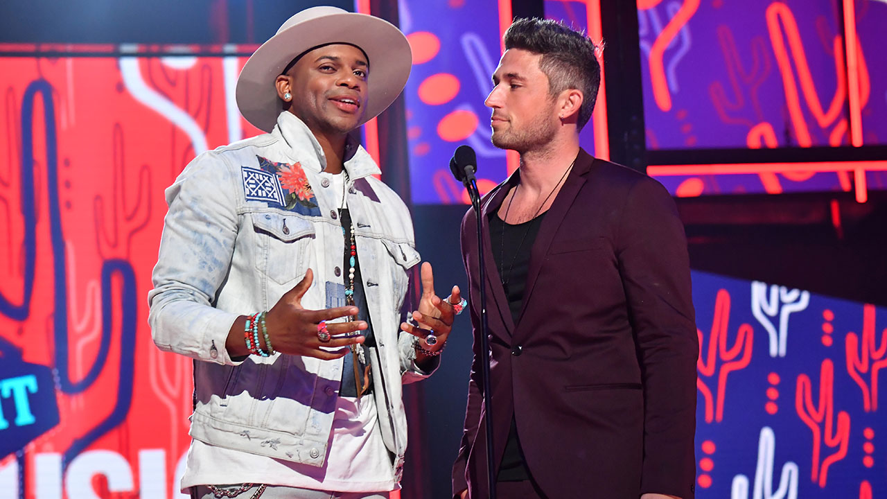 Country Singers Jimmie Allen and Michael Ray Share Their Special Pre-Show Ritual