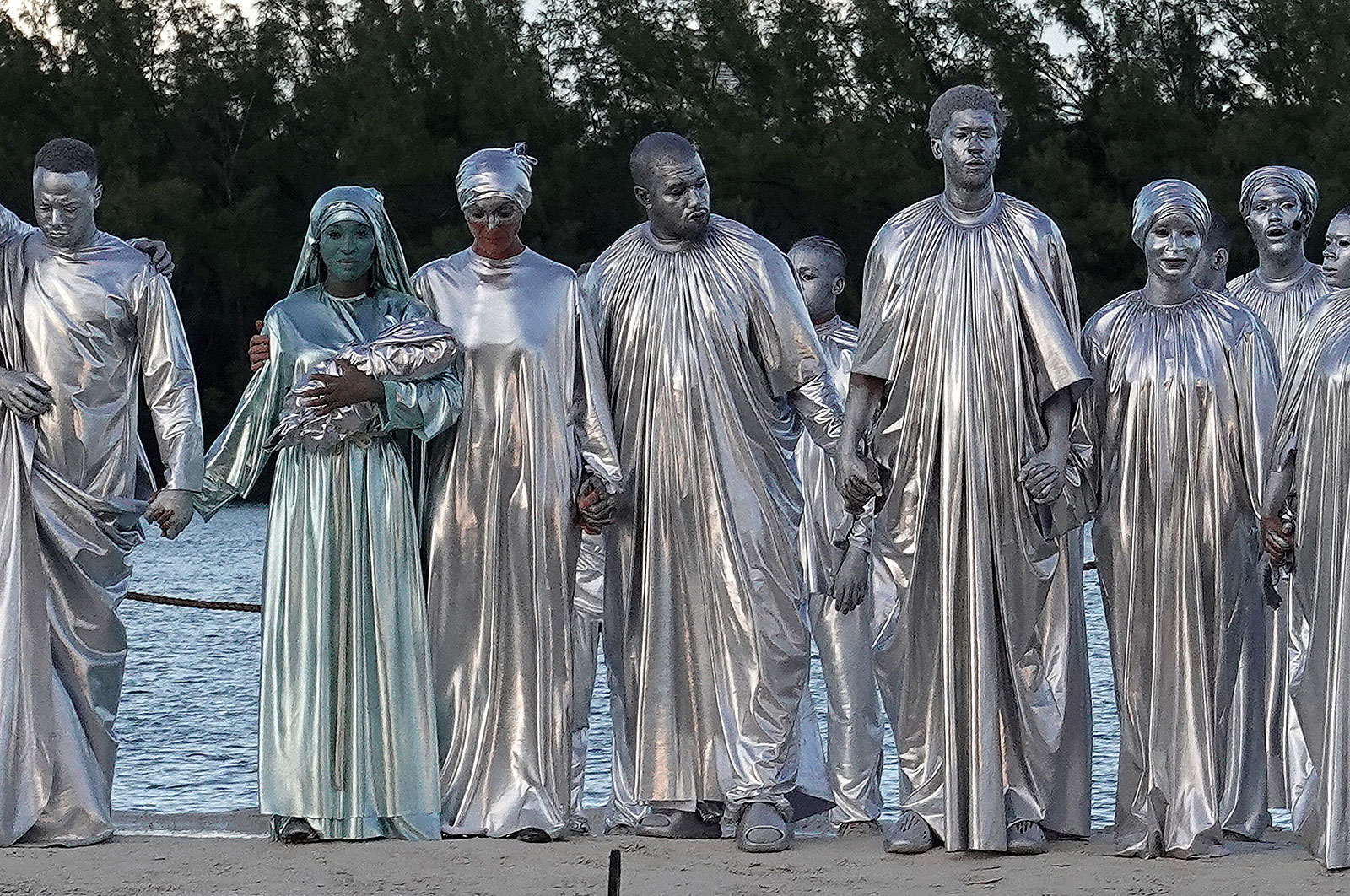Kanye West silver body paint