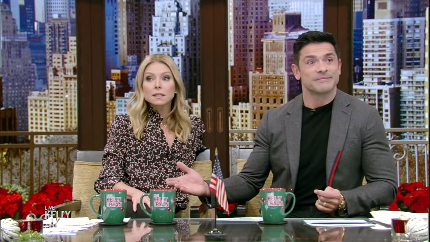 Mark Consuelos plays a recording of his snores for the Live with Kelly and Ryan audience!