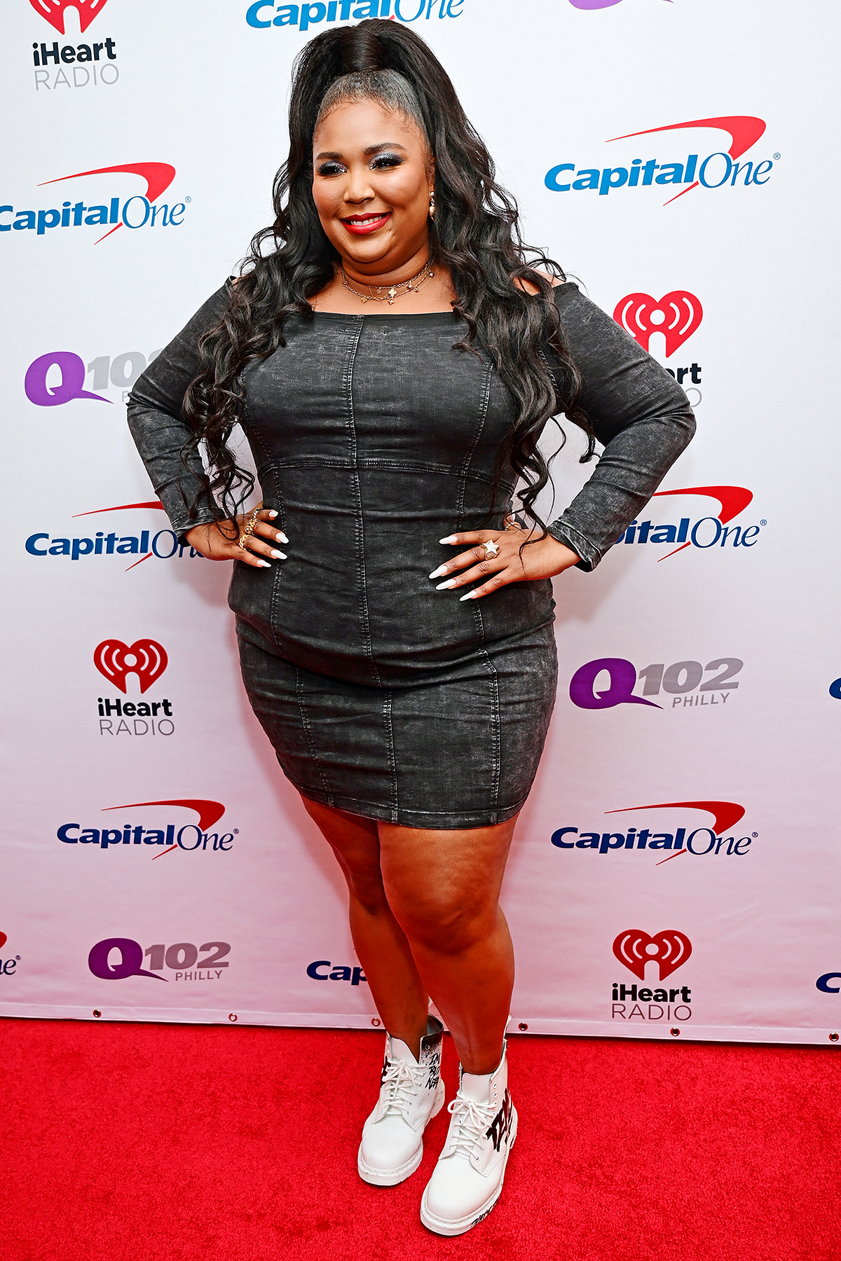 PHILADELPHIA, PENNSYLVANIA - DECEMBER 11: Lizzo attends Q102's Jingle Ball 2019 Presented by Capital One at Wells Fargo Center on December 11, 2019