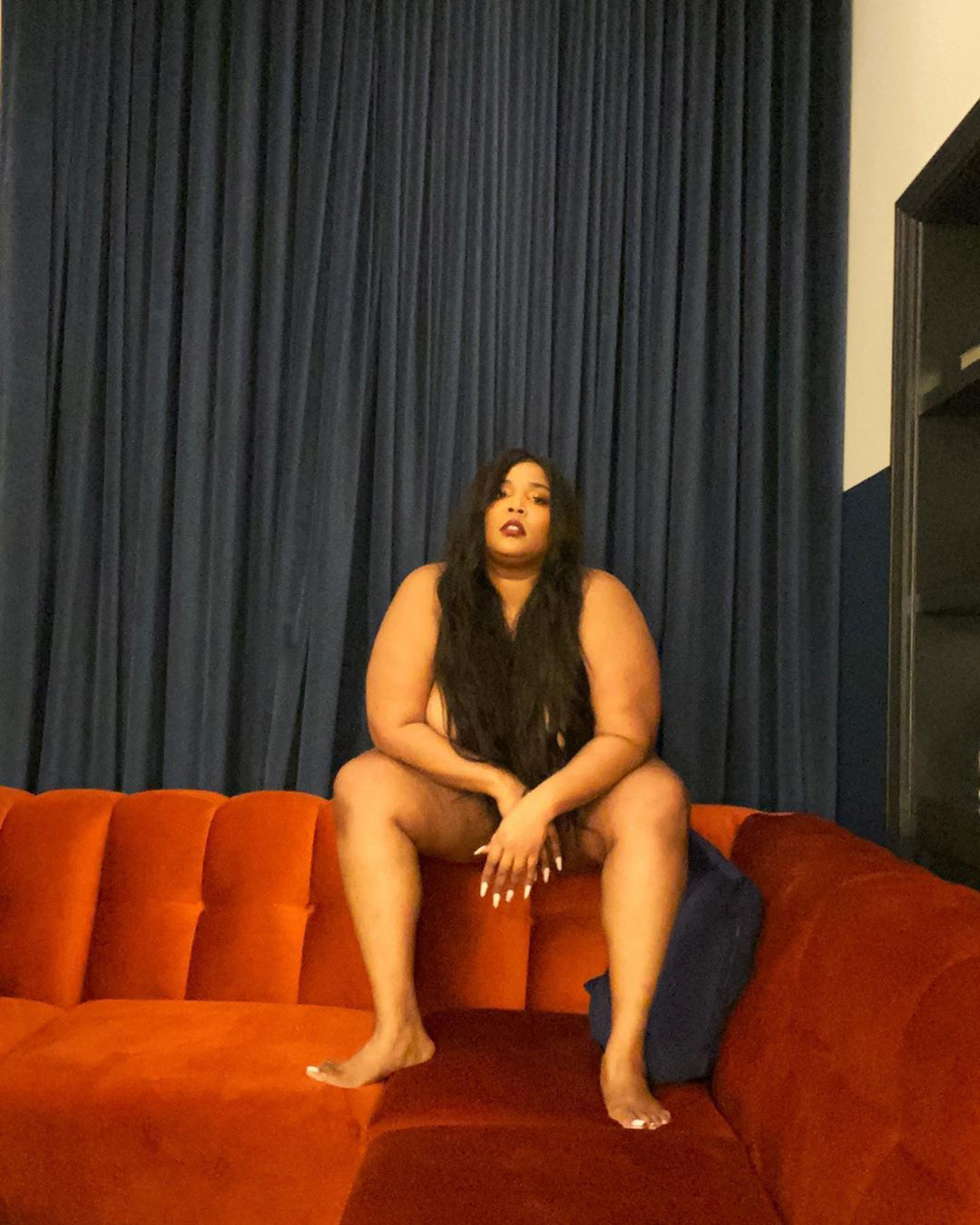 Lizzo Poses Nude in Sexy New Snaps