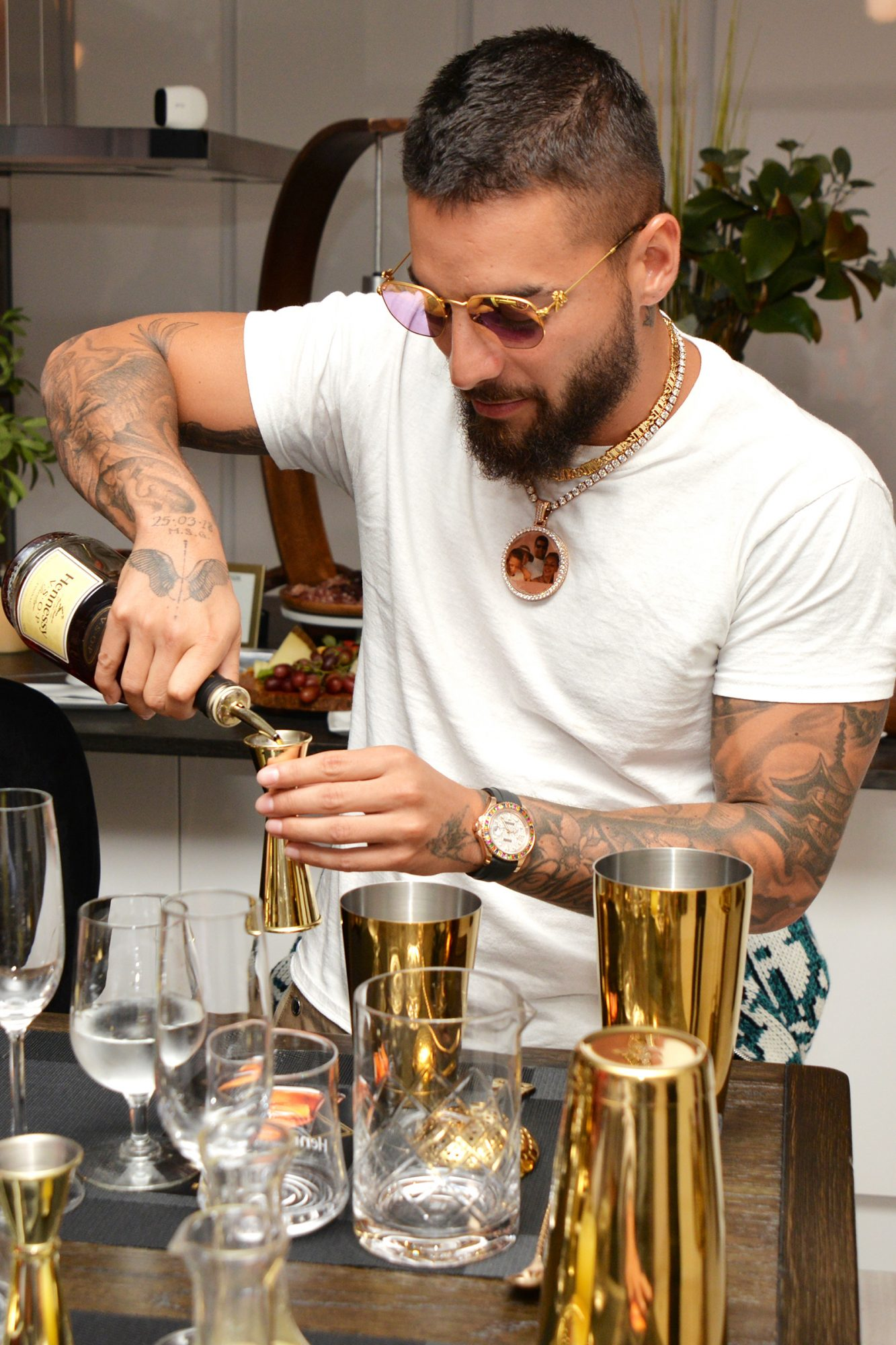 Hennessy hosts Maluma and friends at their Le Voyage Residency in Miami where they learned to create his 11:11 signature cocktail while being immersed in the distinct world of Cognac