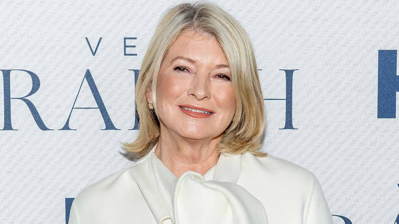 Martha Stewart Debuts a New Look and Fans Are Loving It