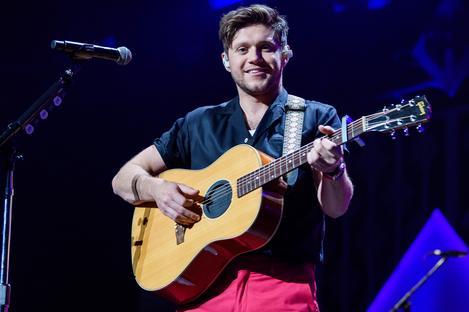 Niall Horan performs on stage during Y100 Miami Jingle Ball at BB&T Center on December 22, 2019 in Sunrise, Florida