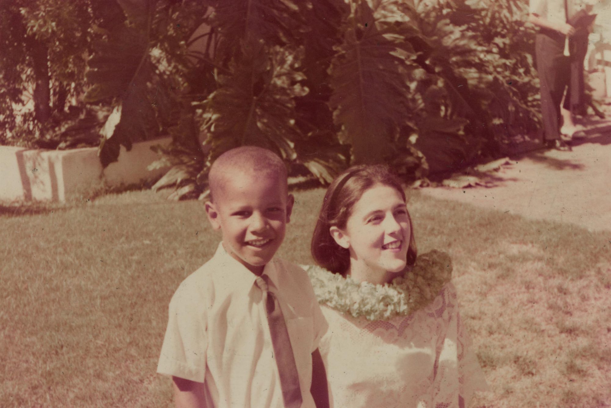 barack Obama in hawaii as a child