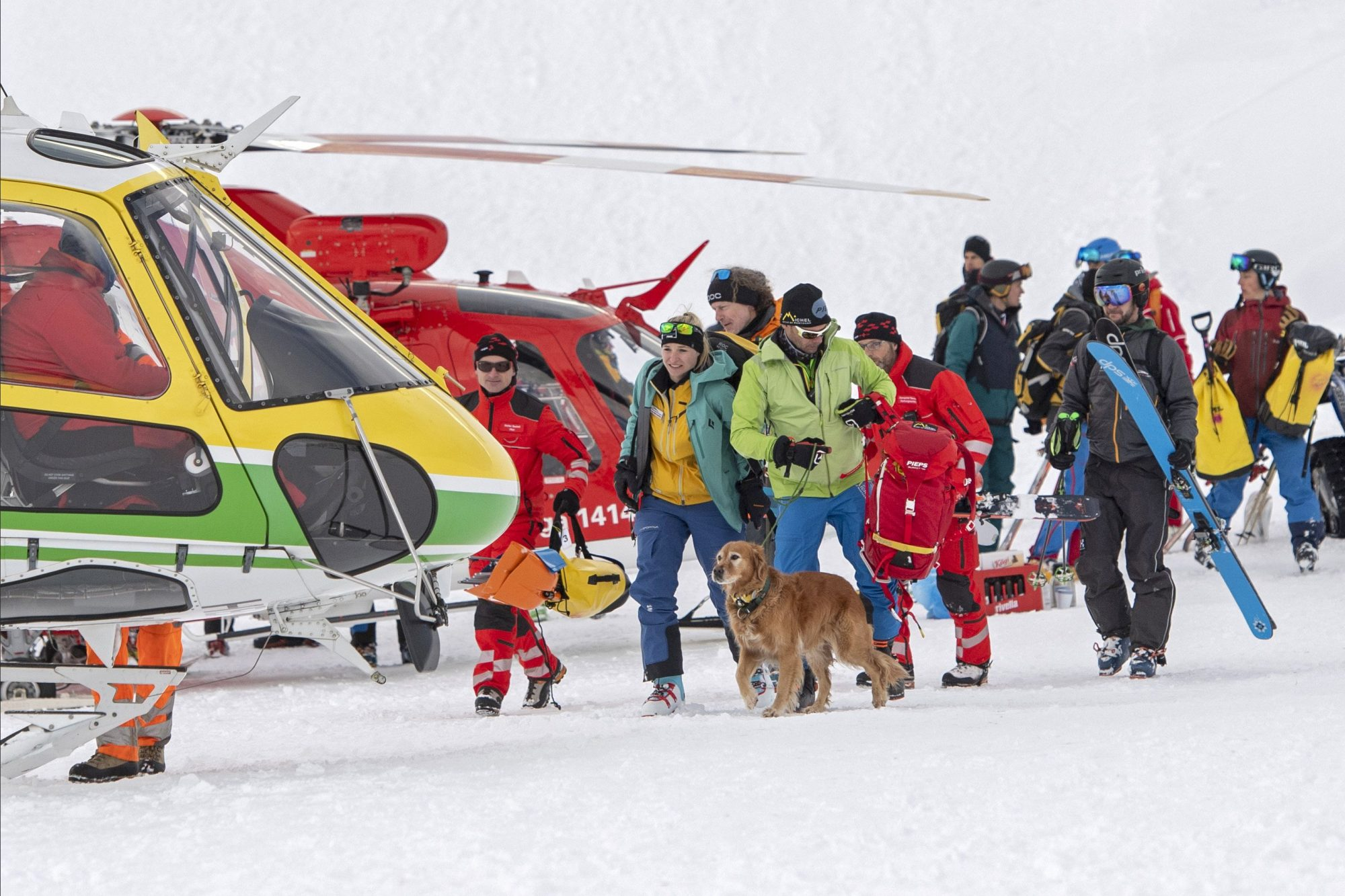 People missing in snow avalanche in Andermatt
