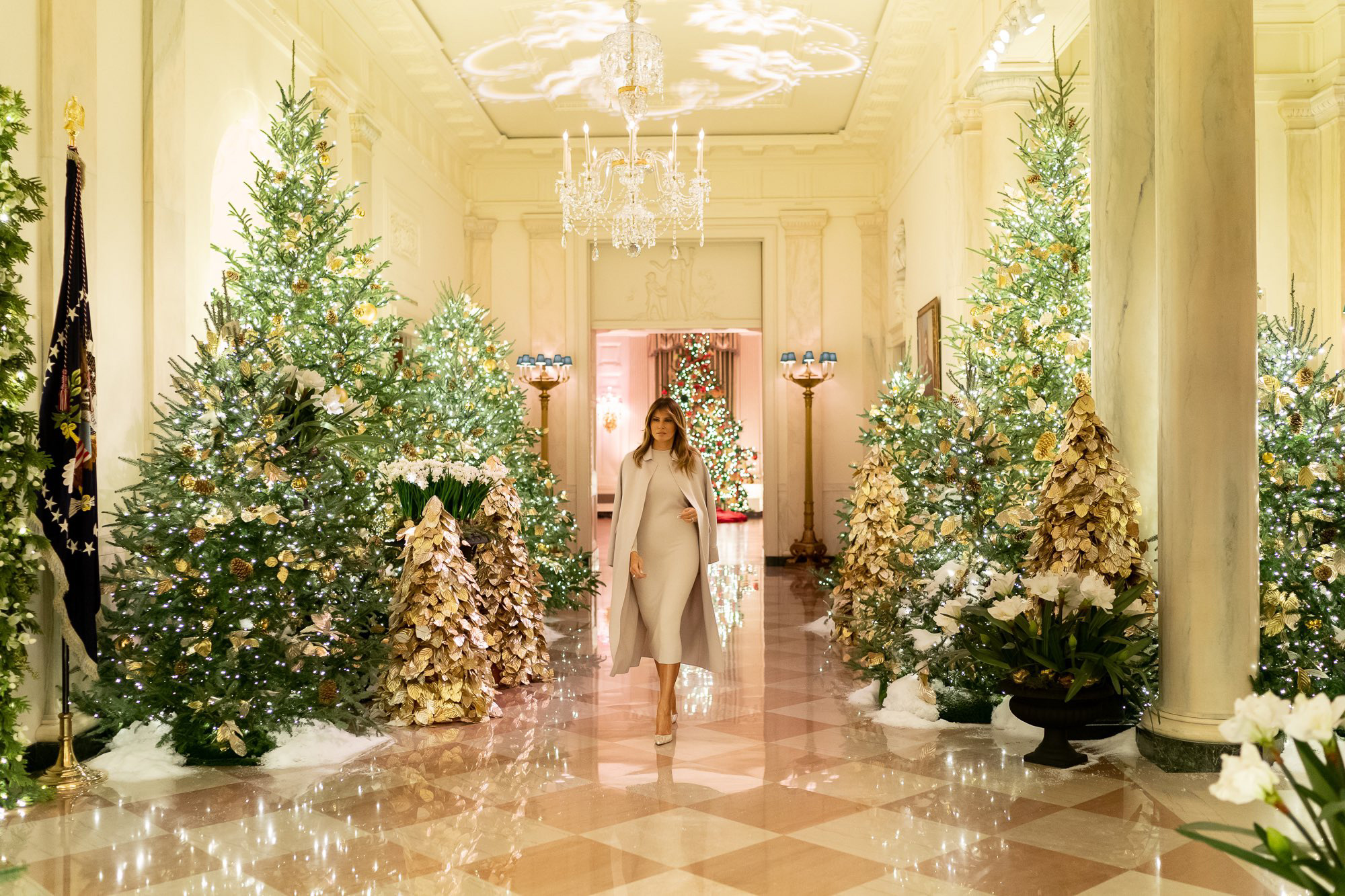 """White House Christmas Decorations - """"The Spirit of America"""""""