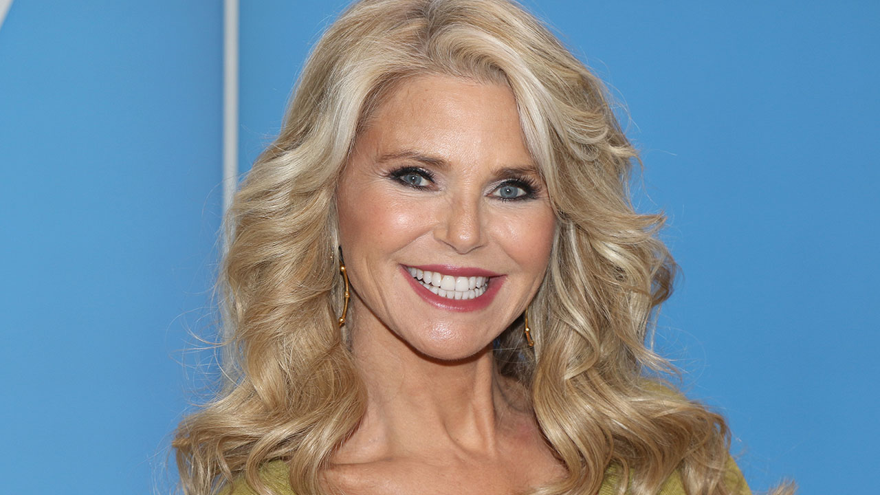 Christie Brinkley Says Her 'DWTS' Injury Is Not Healing 'Fast Enough' and Requires Surgery