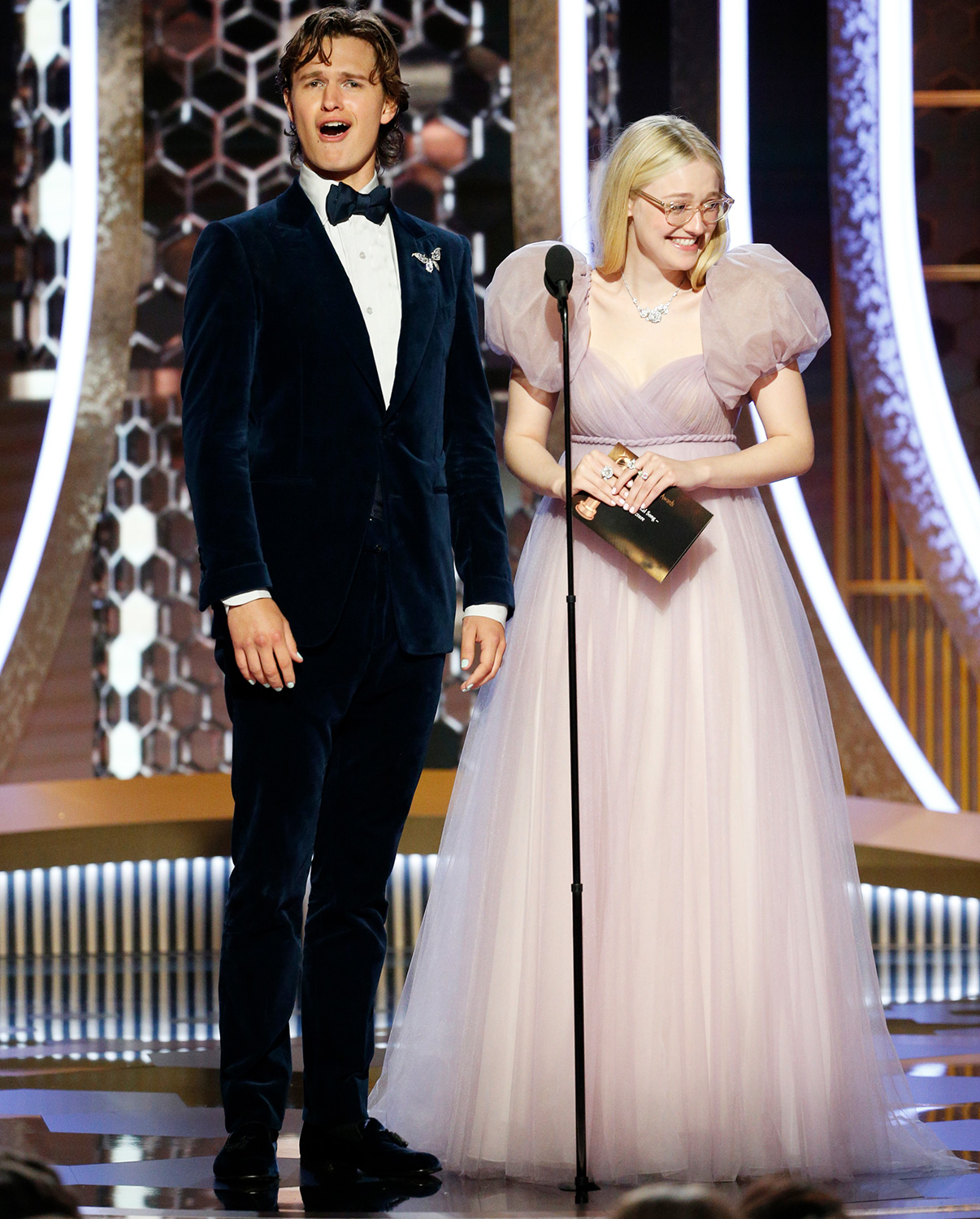Ansel Elgort and Dakota Fanning