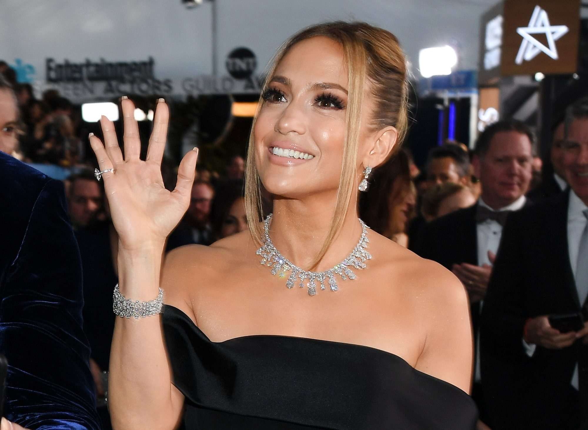 Jennifer Lopez attend the 26th Annual Screen Actors Guild Awards at The Shrine Auditorium on January 19, 2020