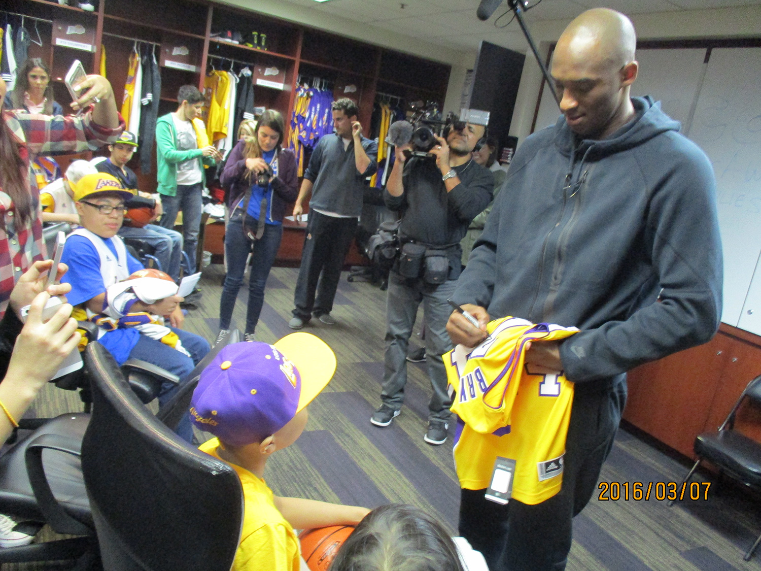 Kobe Bryant Granted Over 200 Make-A-Wish Requests During His NBA Career