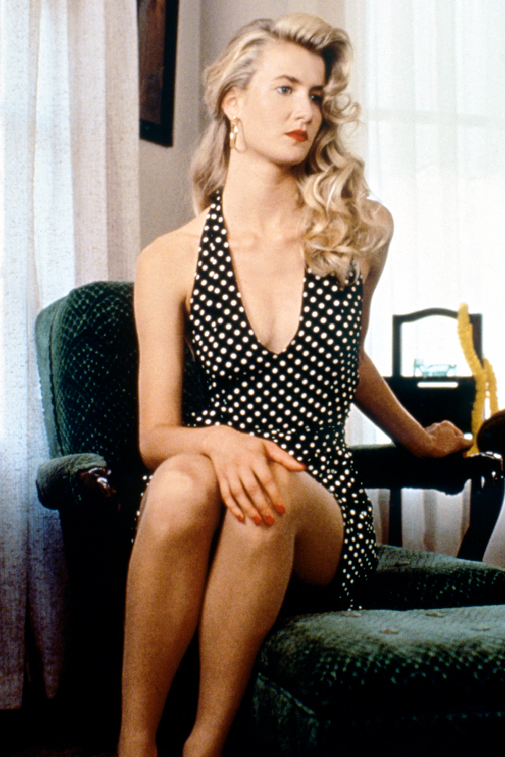 Laura Dern on the set of Wild at Heart