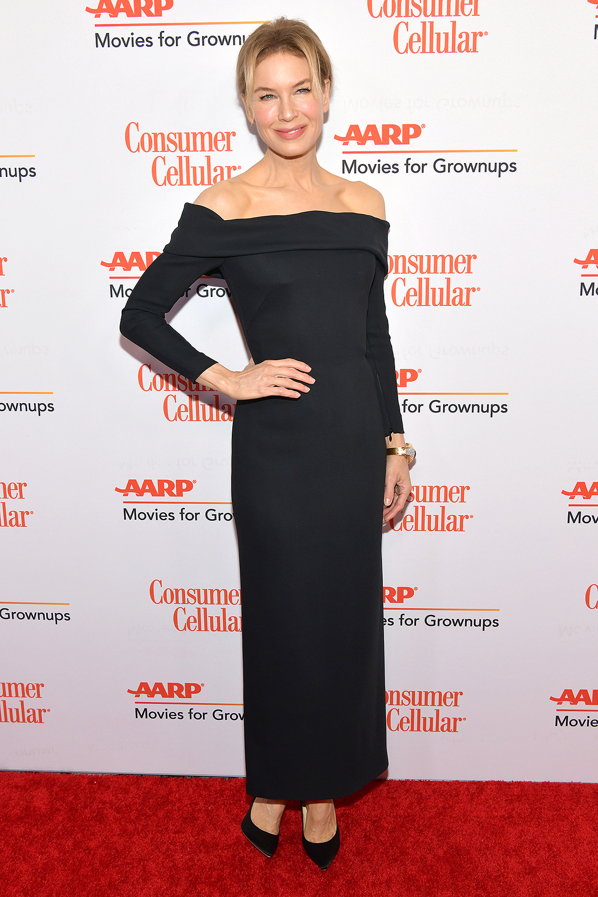 Renée Zellweger attends AARP The Magazine's 19th Annual Movies For Grownups Awards at Beverly Wilshire, A Four Seasons Hotel on January 11, 2020