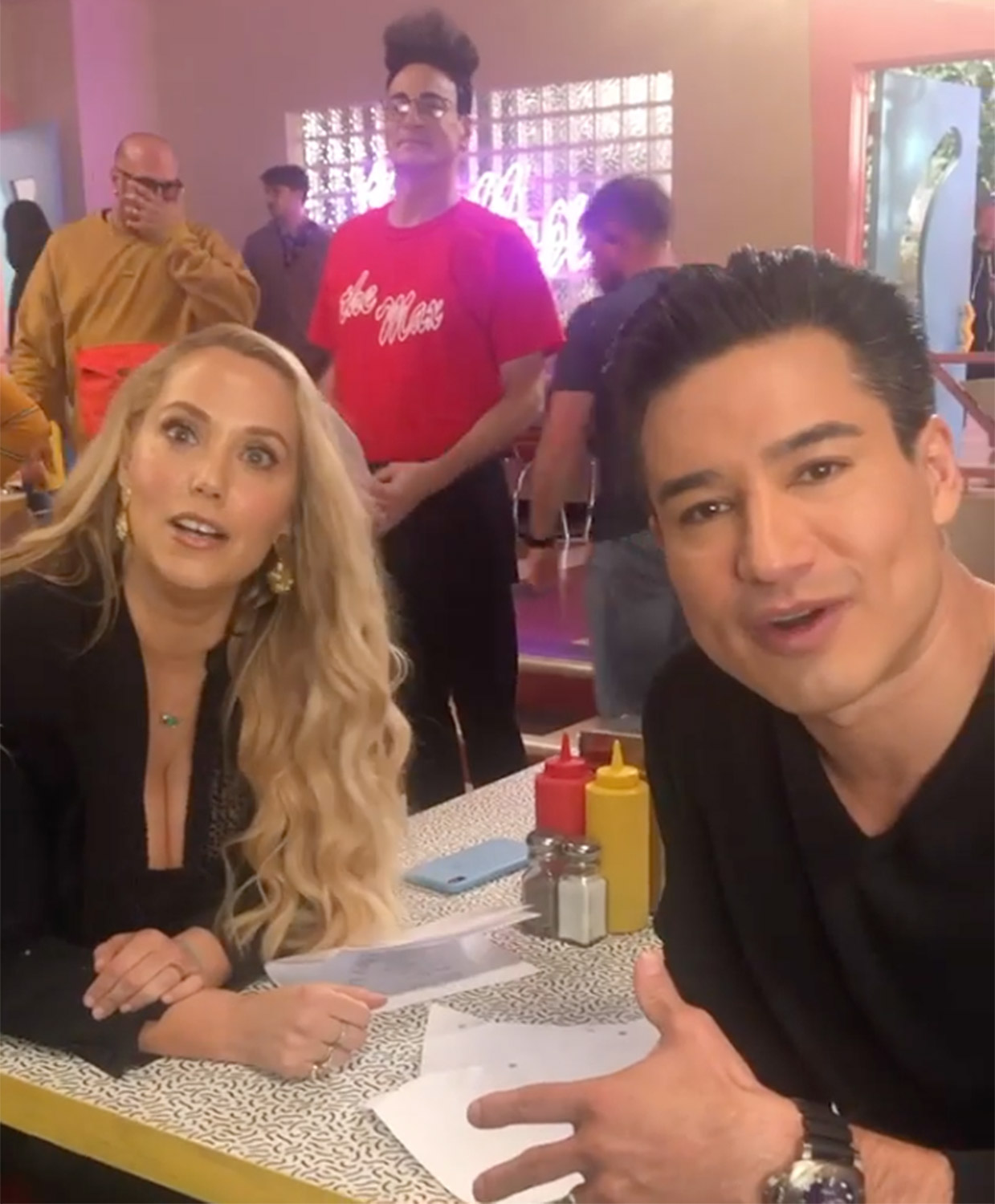 Mario Lopez and Elizabeth Berkley