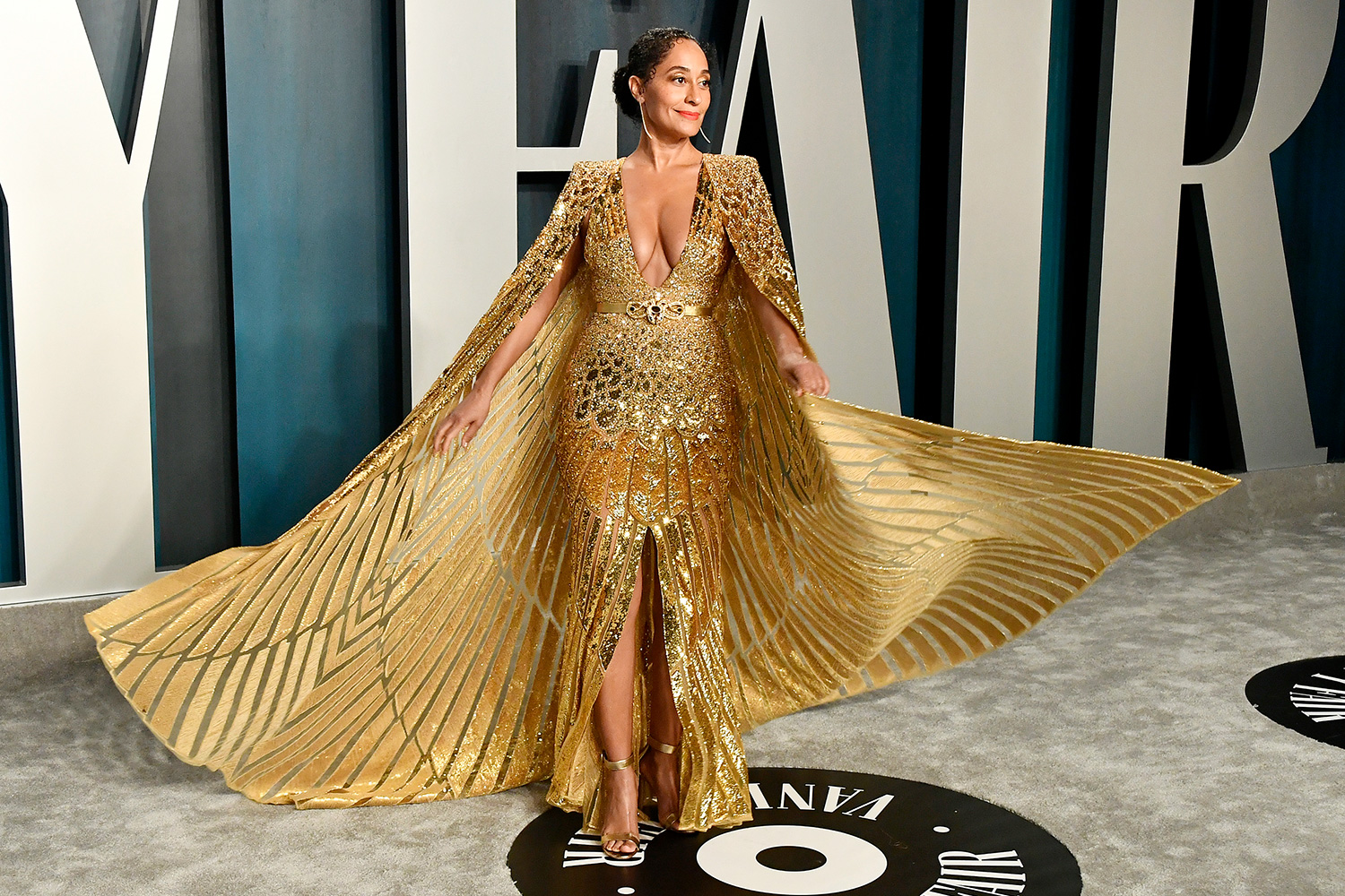 Tracee Ellis Ross attends the 2020 Vanity Fair Oscar Party hosted by Radhika Jones at Wallis Annenberg Center for the Performing Arts on February 09, 2020 in Beverly Hills, California