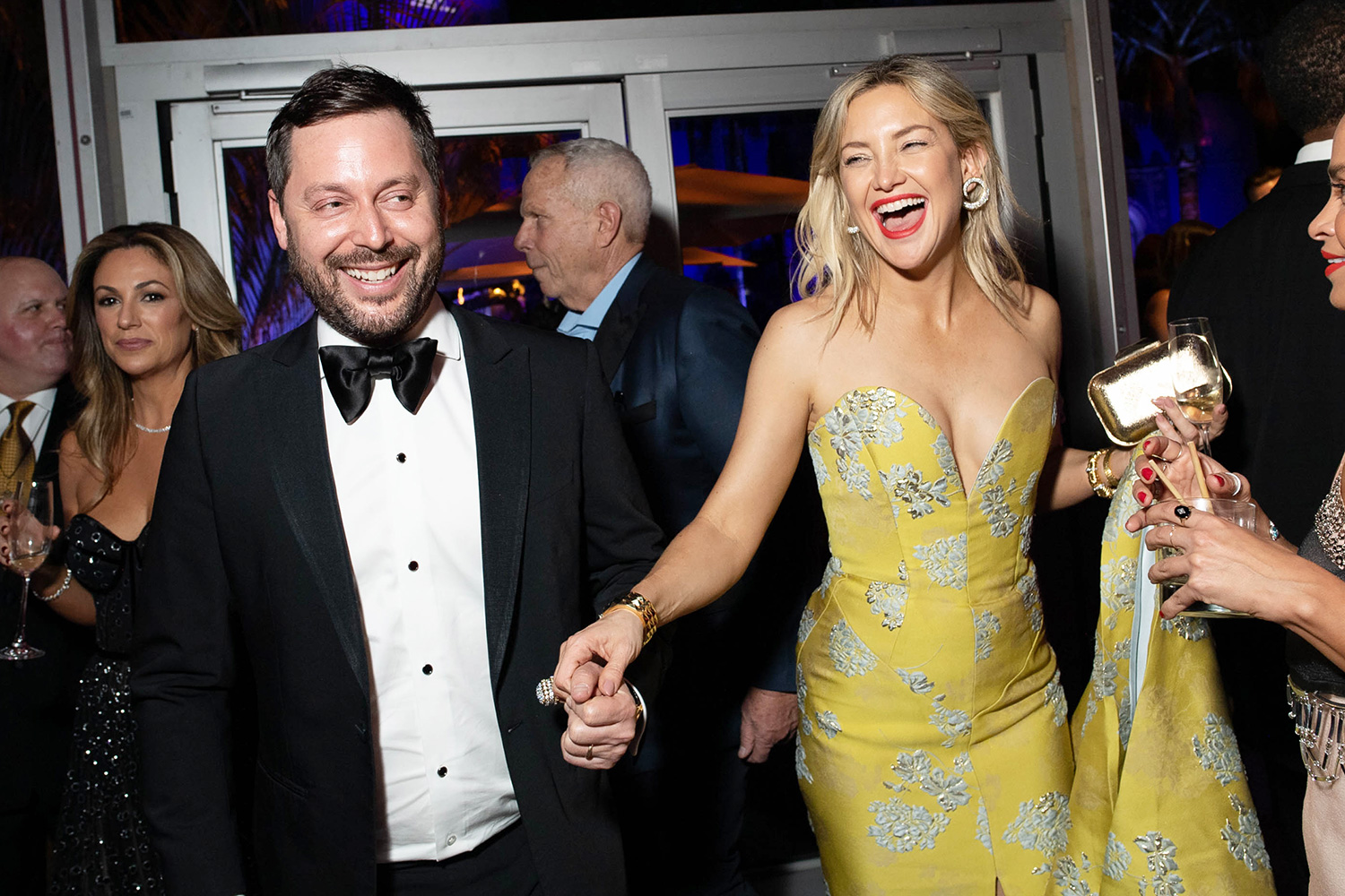 Kate Hudson attends the 2020 Vanity Fair Oscar Party hosted by Radhika Jones at Wallis Annenberg Center for the Performing Arts on February 09, 2020 in Beverly Hills, California
