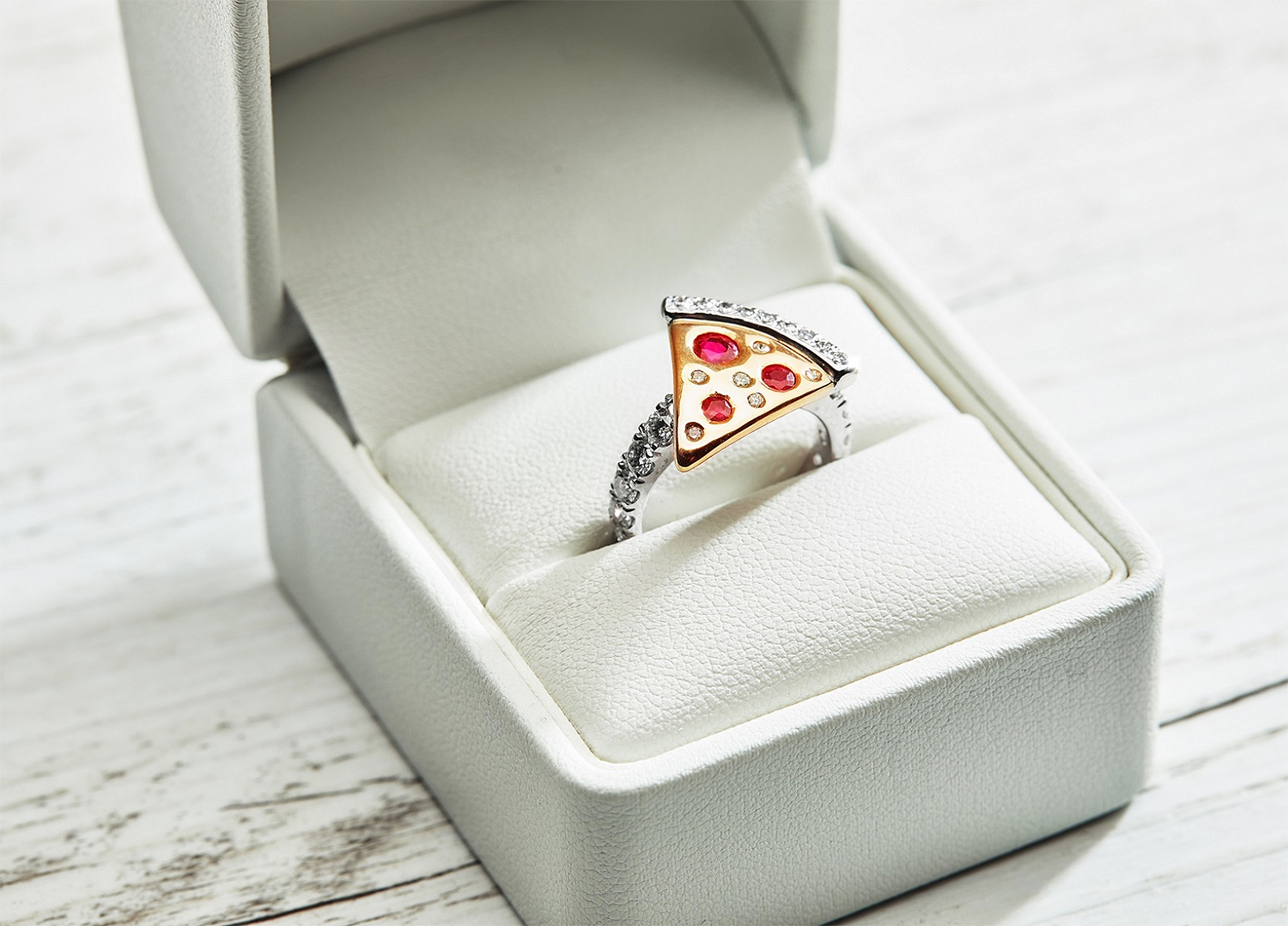 dominos pizza engagement ring