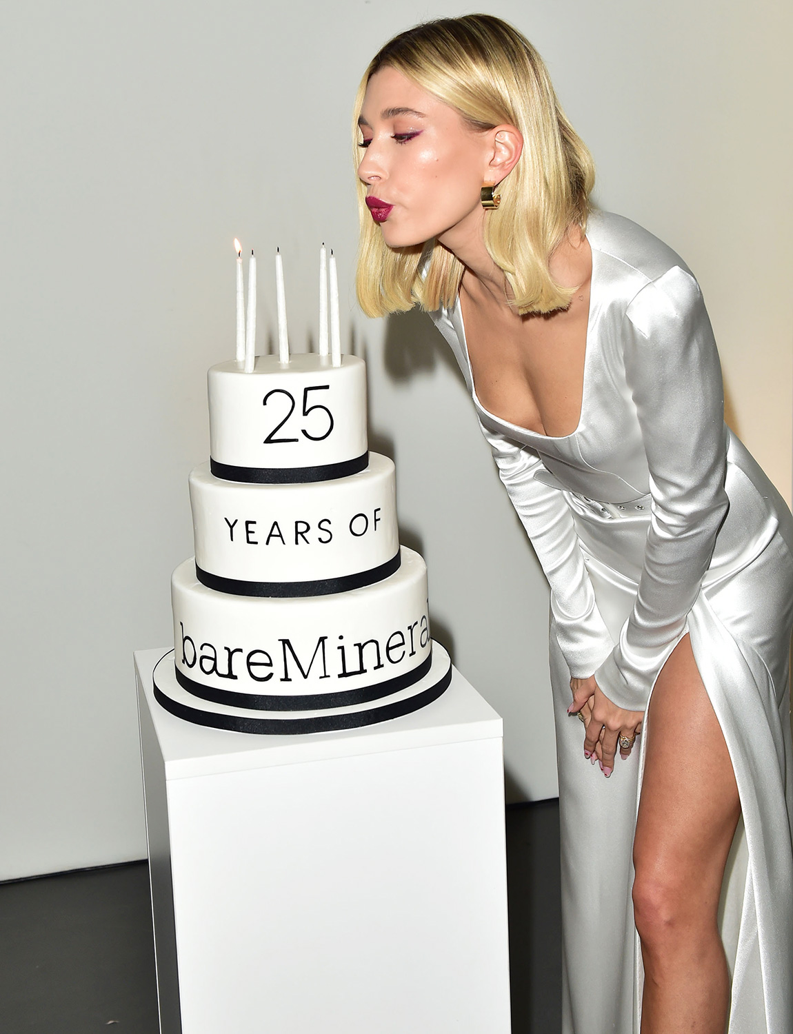 Hailey Bieber celebrates 25 years of clean beauty with bareMinerals