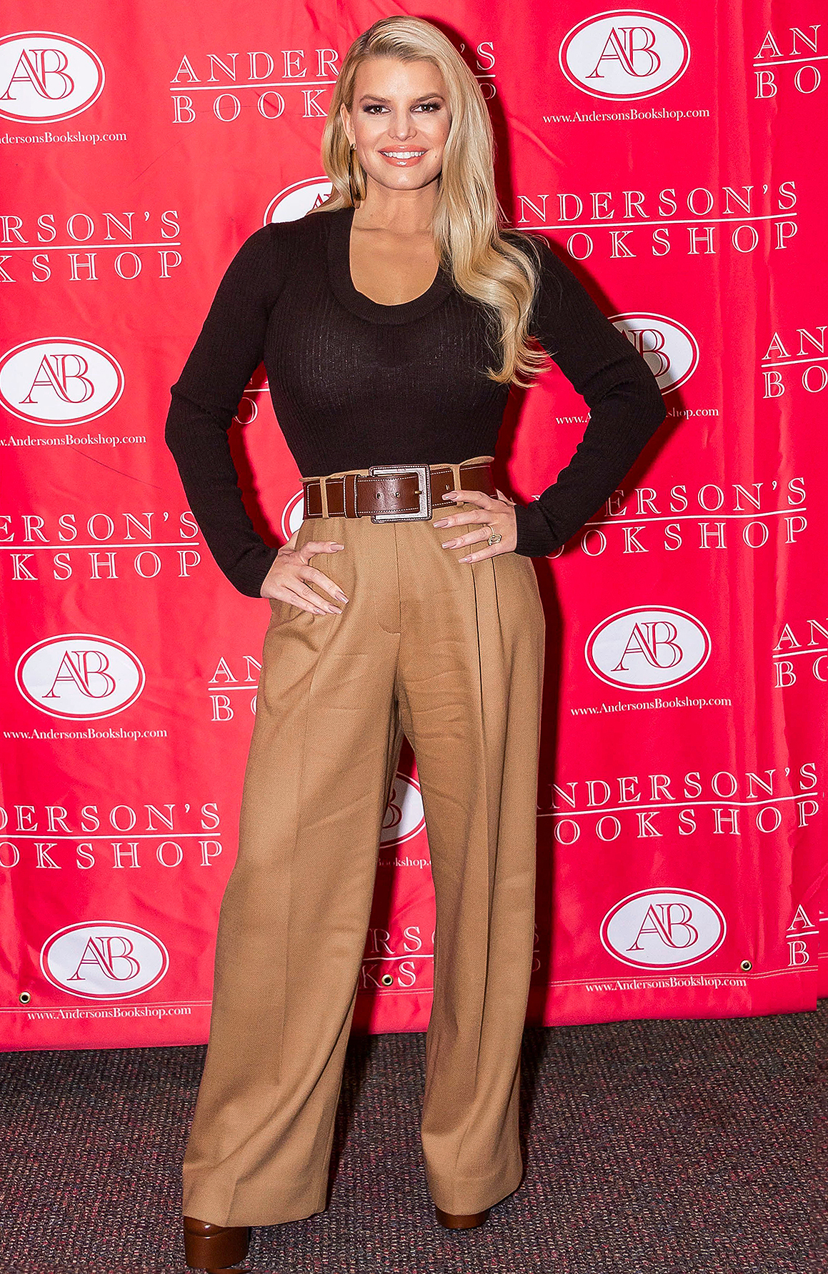 Jessica Simpson 'Open Book' photocall, Anderson's Bookshop, Naperville, USA - 12 Feb 2020