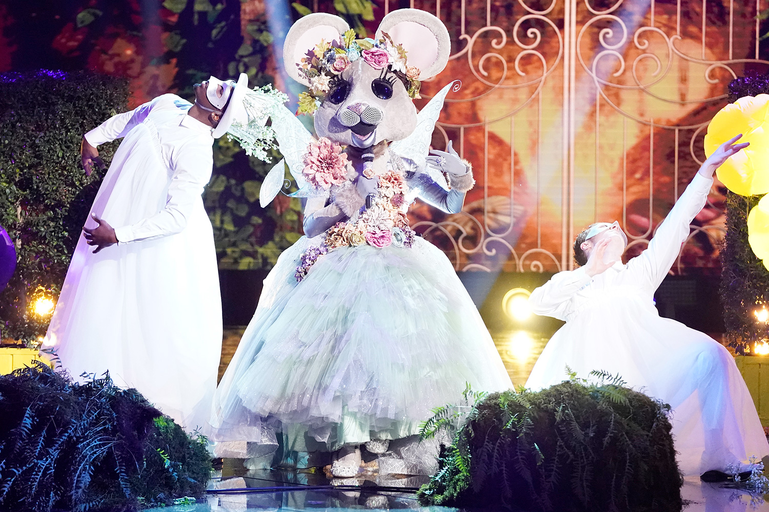 "THE MASKED SINGER: The Mouse in the ""A Brand New Six Pack: Group B Kickoff!"""