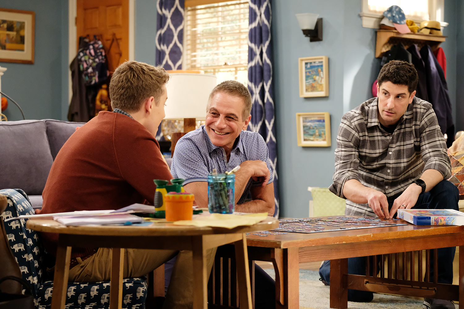 OUTMATCHED: L-R: Connor Kalopsis, guest star Tony Danza and Jason Biggs in the ìGrandparentsî episode of OUTMATCHED
